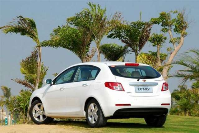 geely emgrand фото салона