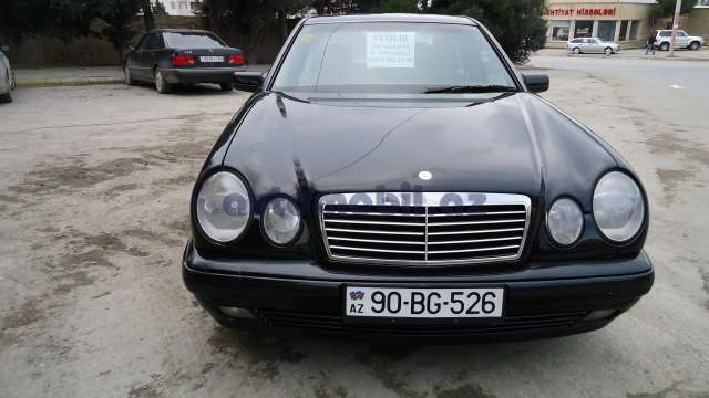 Mercedes benz e 220 second hand 1997 9300 diesel for Mercedes benz second hand cars