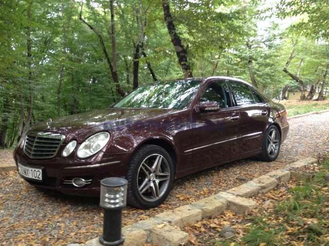 Mercedes benz e 350 second hand 2006 26000 gasoline for Second hand mercedes benz