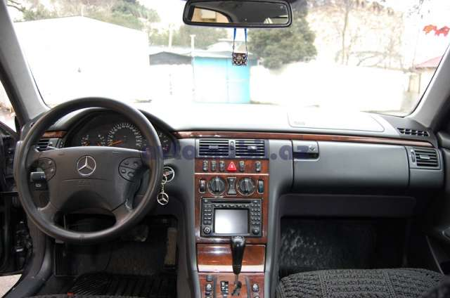 mercedes benz e 270 second hand 2001 14000 diesel transmission automatic 217000 emin. Black Bedroom Furniture Sets. Home Design Ideas