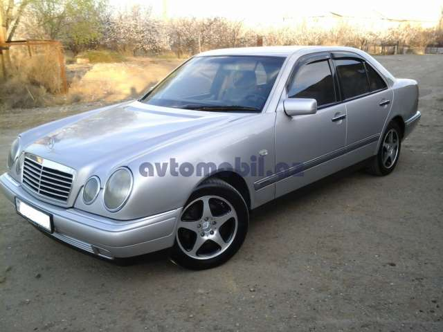 Mercedes benz e 240 second hand 1998 10000 gasoline for Mercedes benz second hand cars