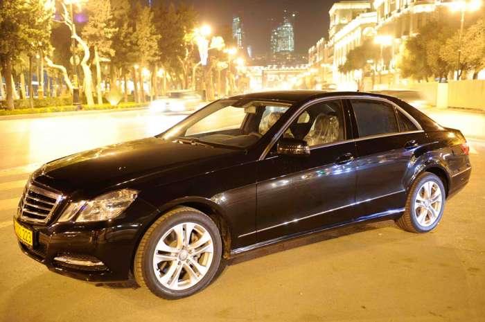 Mercedes-Benz E-class avtomobilinin testi