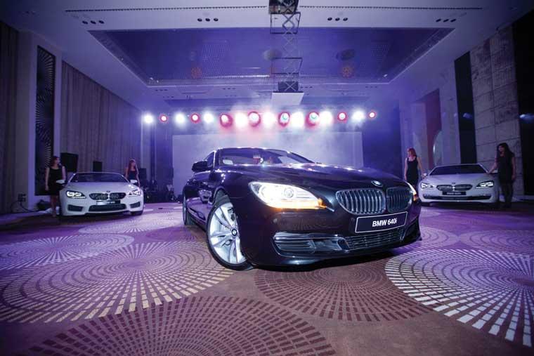 BMW dördqapılı premium kupesini Bakıda təqdim etdi