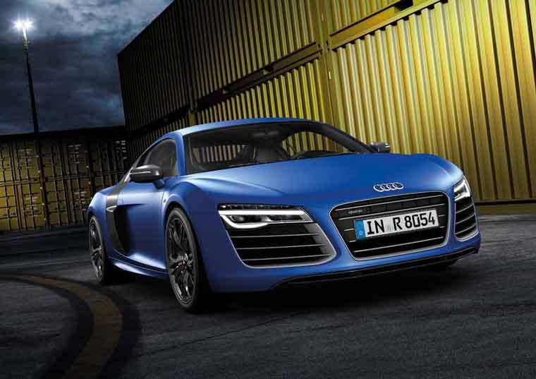 Audi R8 2013: yenilənmiş Audi superkarı