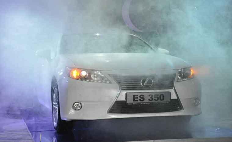 Tamamilə yeni Lexus ES 350 Bakıda satışda