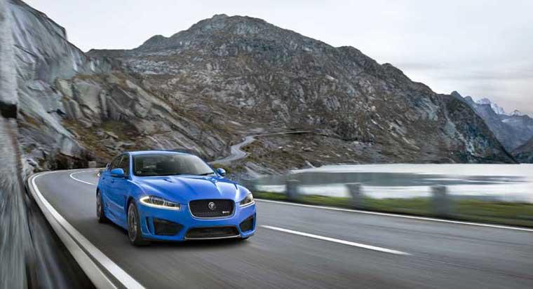 Los-Ancelesdə yeni Jaguar XFR-S göstərildi