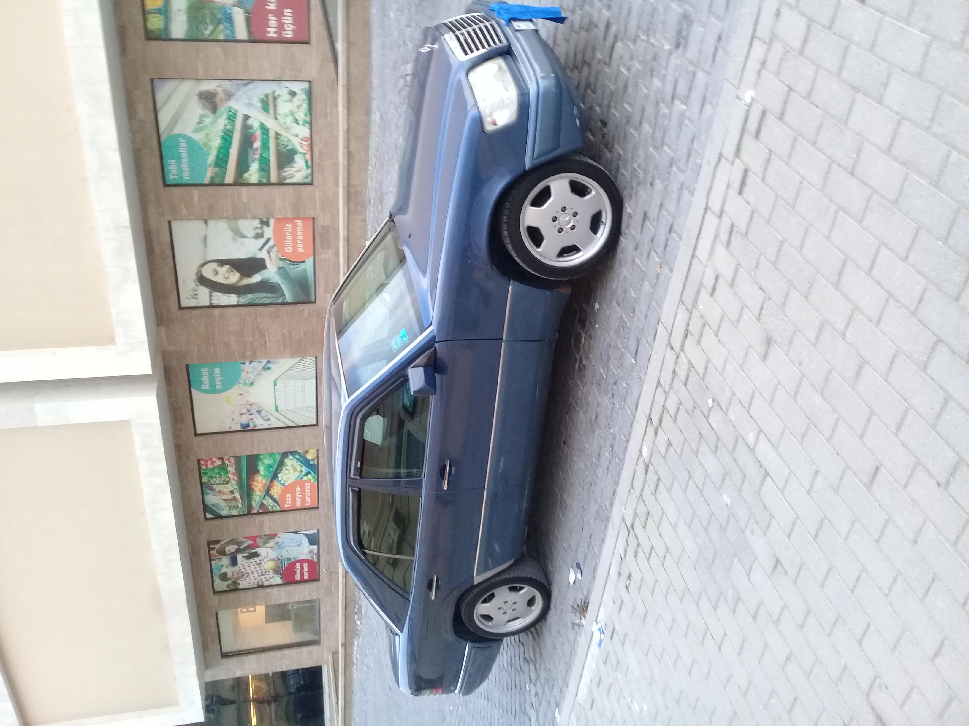 Mercedes-Benz 220 2.2(lt) 1993 İkinci əl  $8000