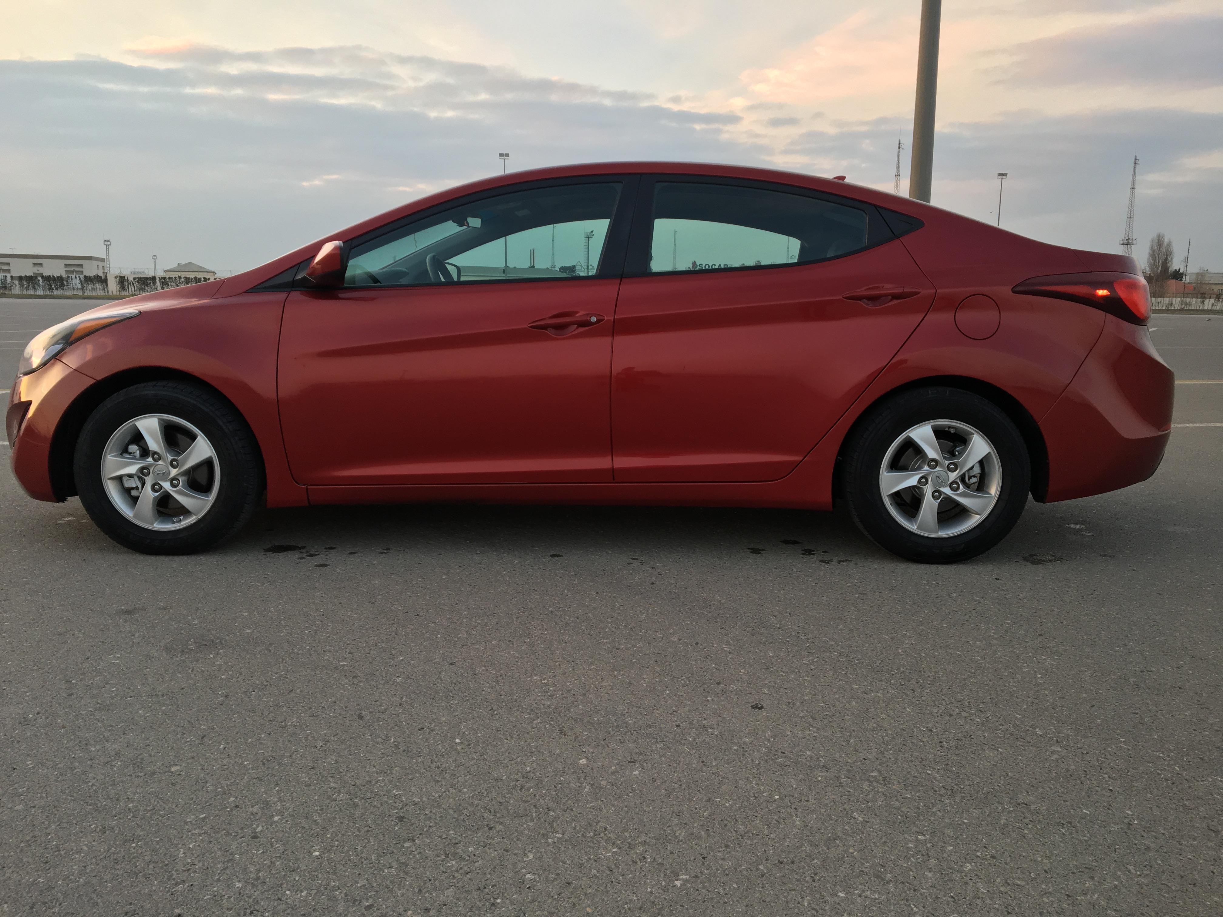 Hyundai Elantra 1.8(lt) 2013 İkinci əl  $10000