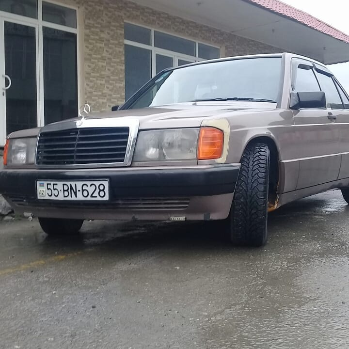 Mercedes-Benz 190 1.8(lt) 1993 Подержанный  $5000