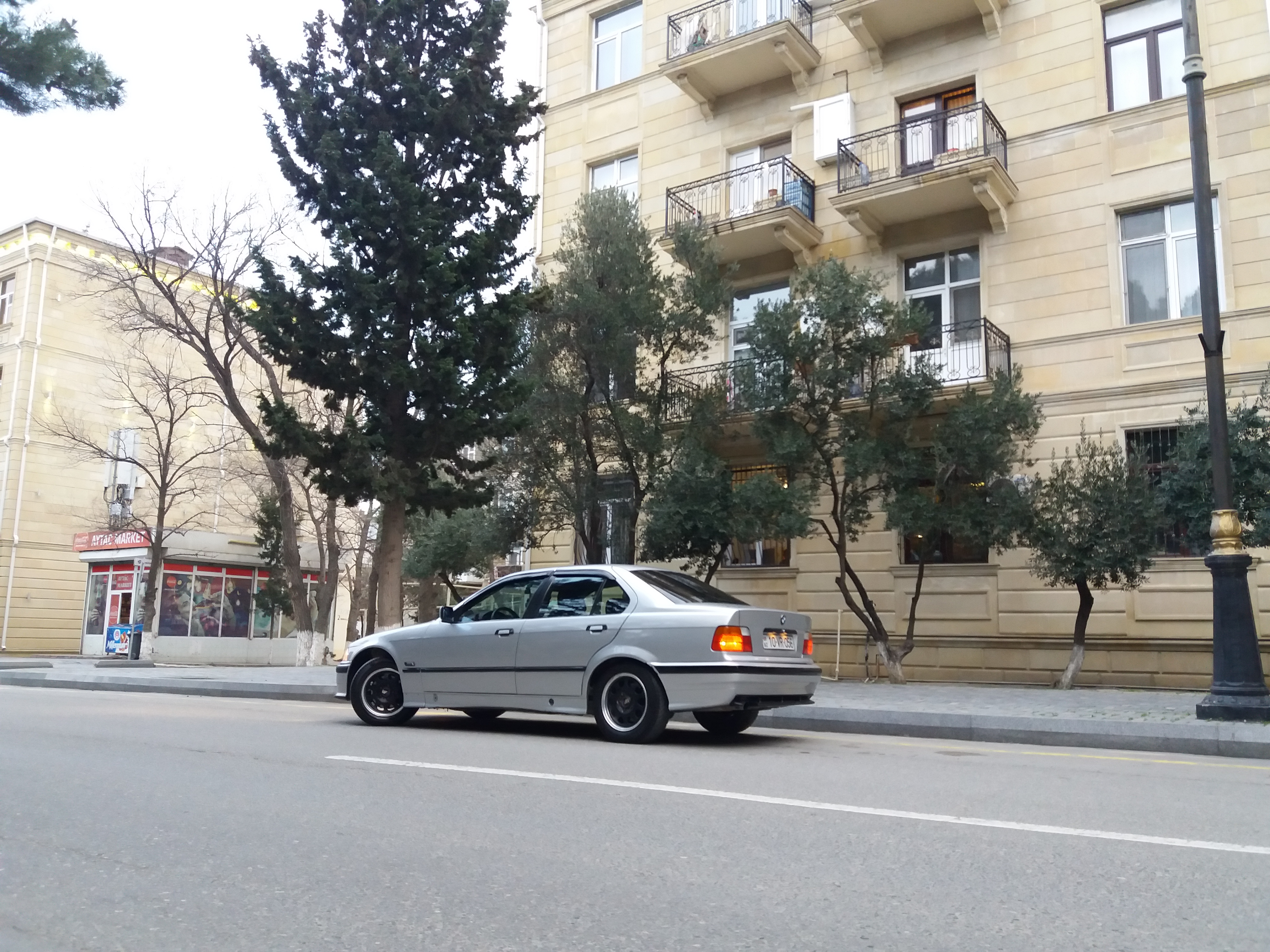 BMW 320 2.0(lt) 1994 İkinci əl  $4800