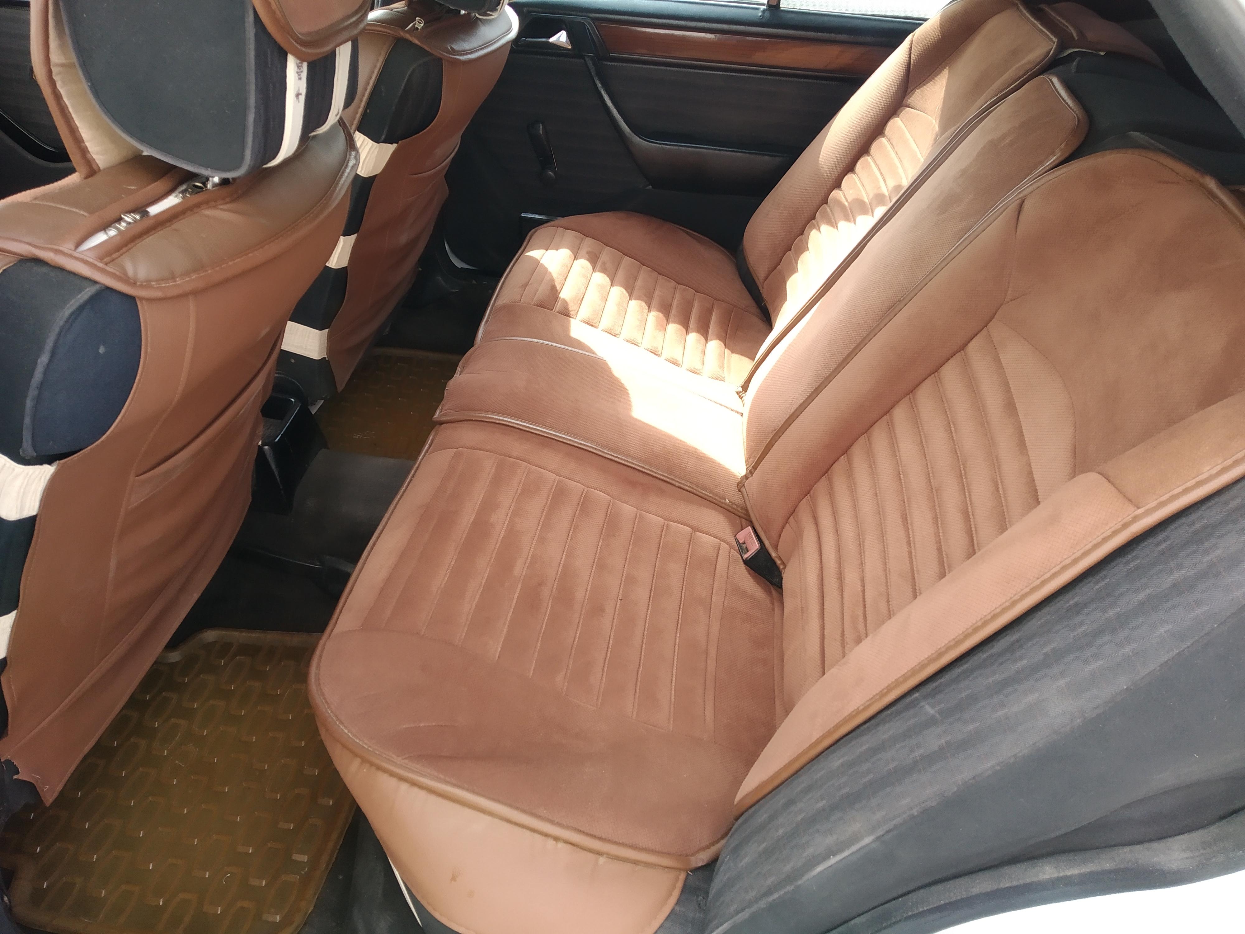 Mercedes-Benz E 230 2.3(lt) 1990 Подержанный  $2000