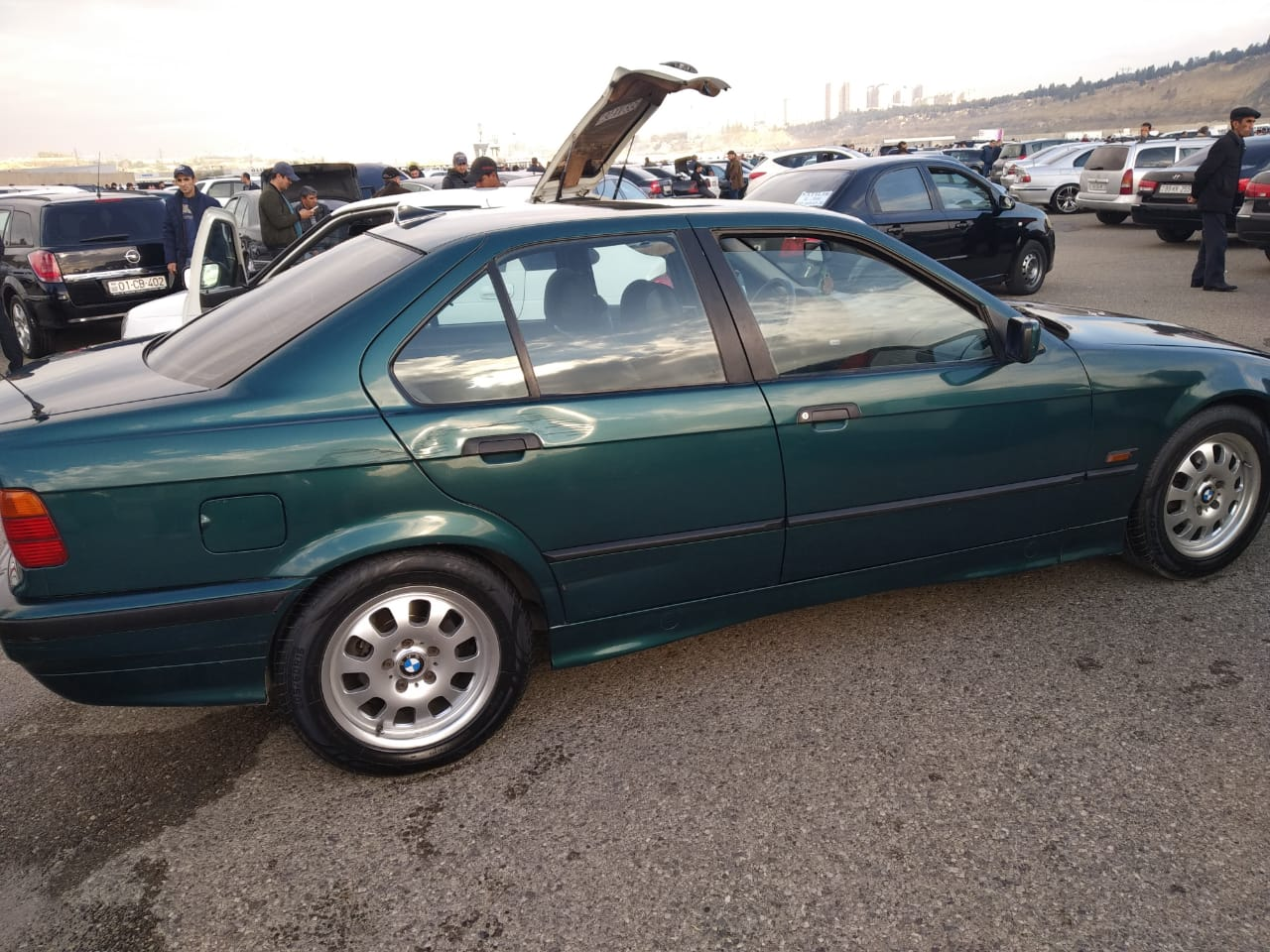 BMW 320 2.0(lt) 1995 İkinci əl  $6700