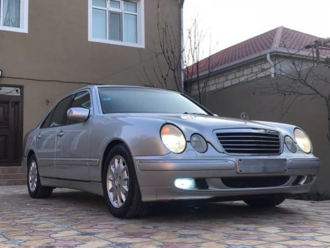 Mercedes-Benz E 280 2.8(lt) 2000 New car  $16800