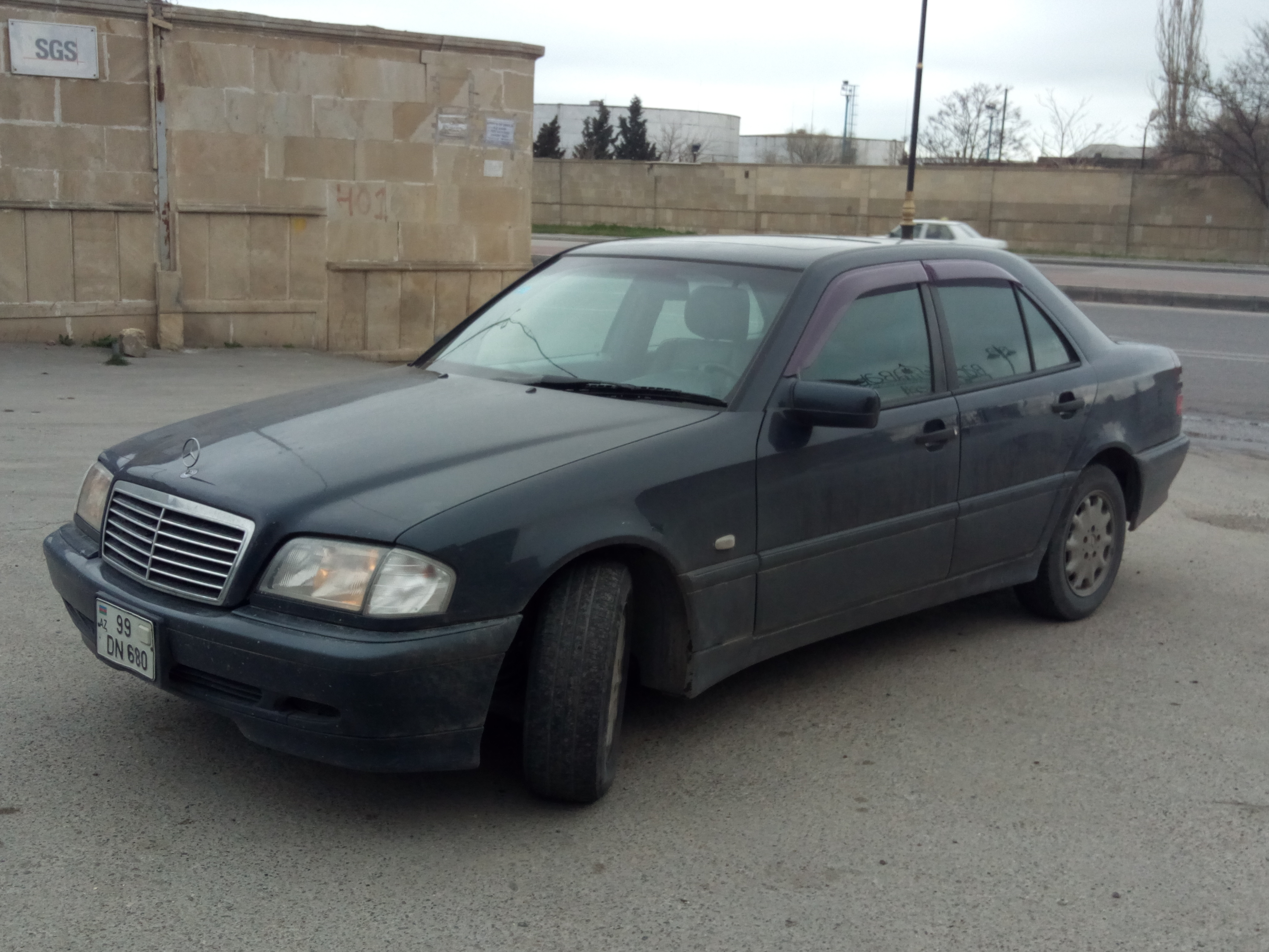 Mercedes-Benz C 200 2.0(lt) 1999 Second hand  $12500