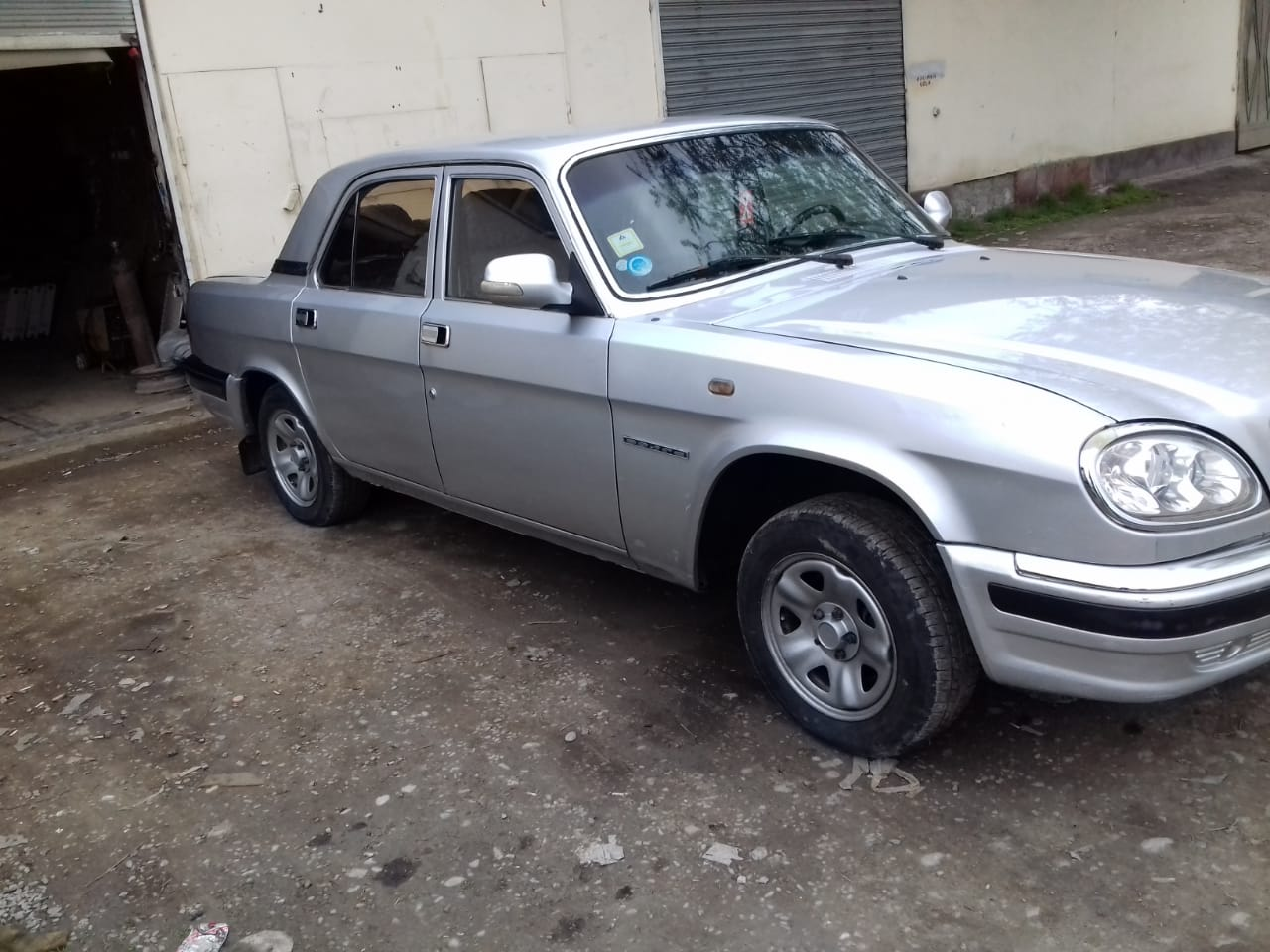 GAZ 3110 2.4(lt) 2003 Подержанный  $2850