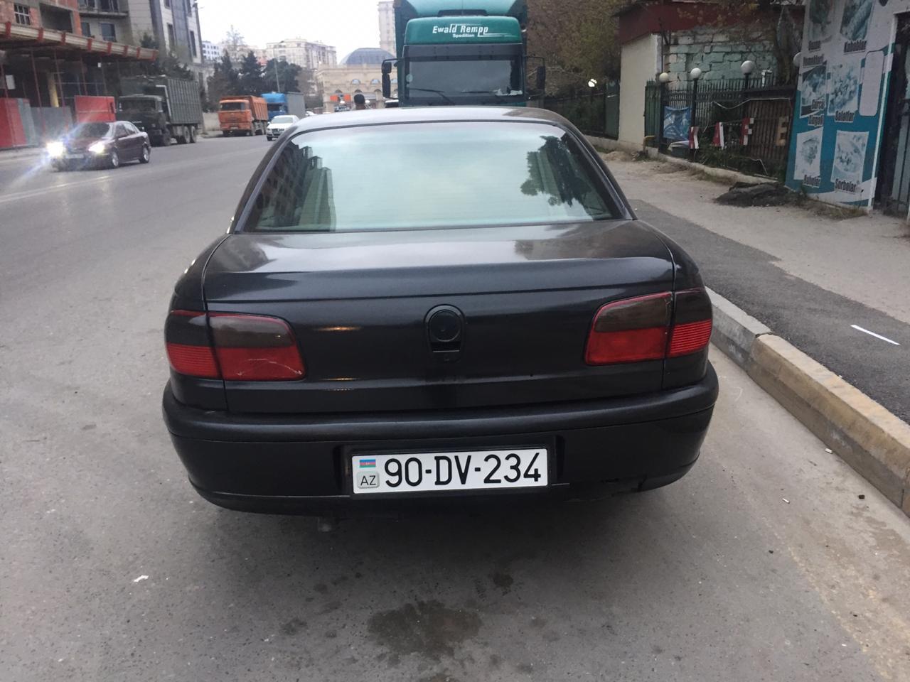 Opel Omega 2.0(lt) 1995 İkinci əl  $4200