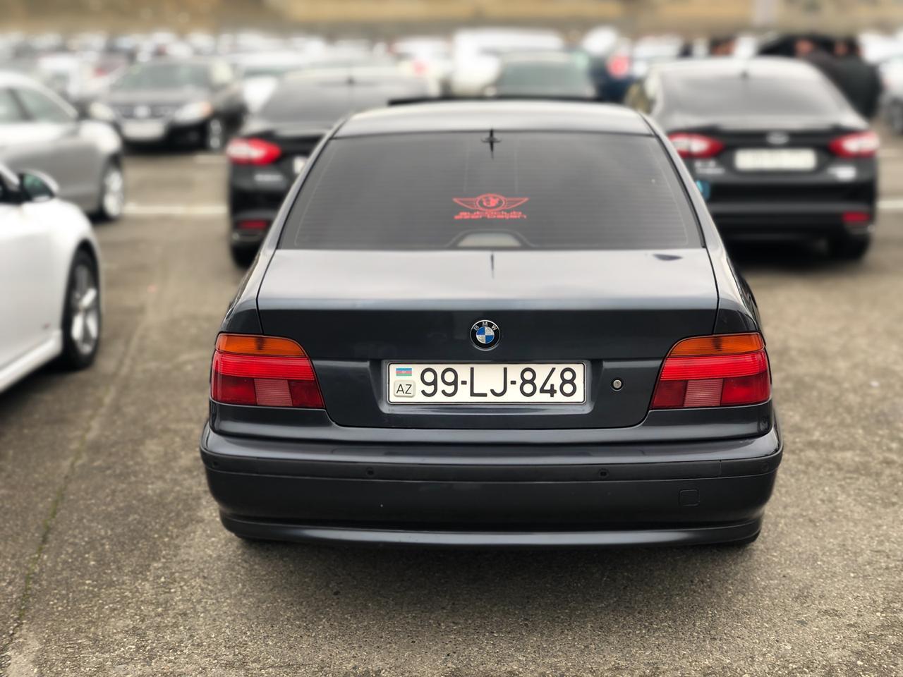 BMW 528 2.8(lt) 1998 Подержанный  $10300