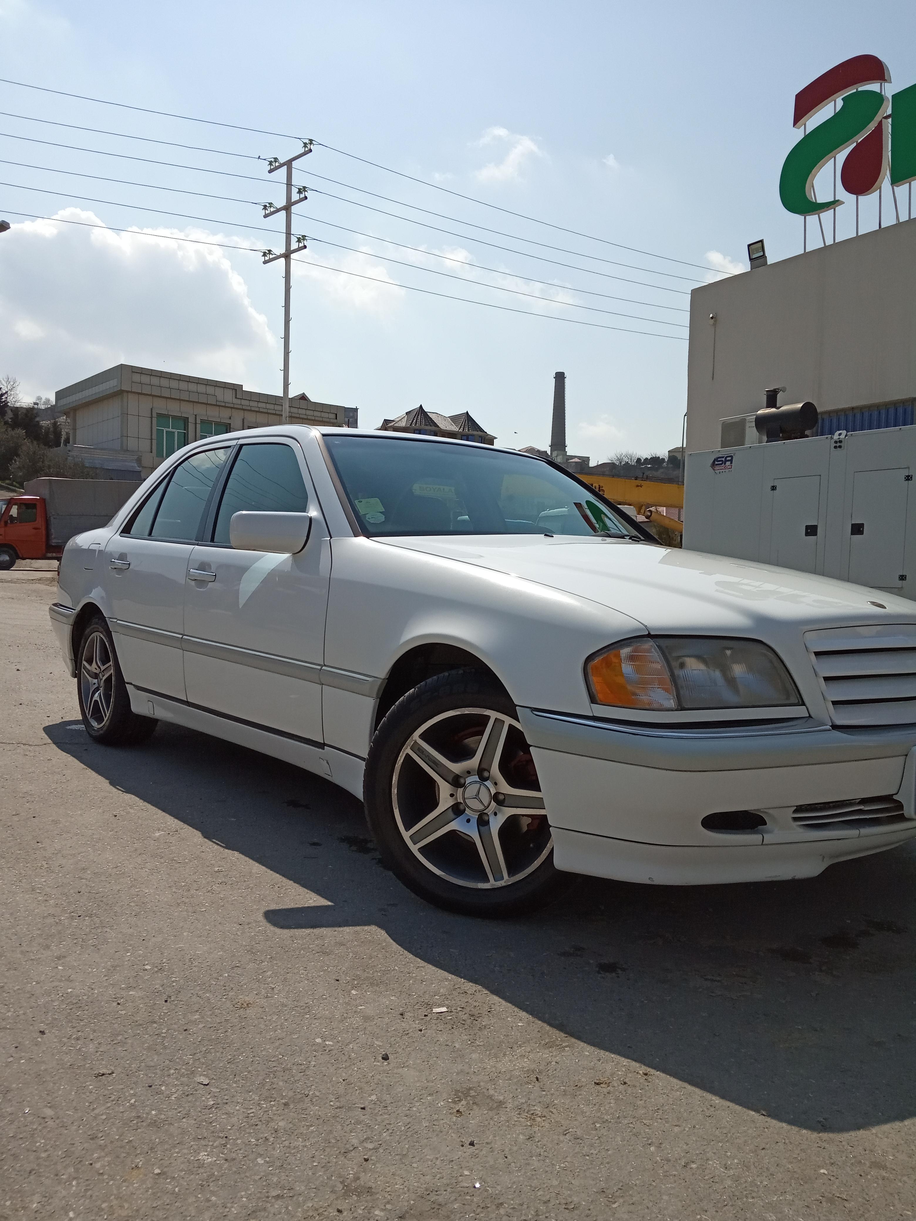 Mercedes-Benz C 230 2.3(lt) 1998 Second hand  $7250