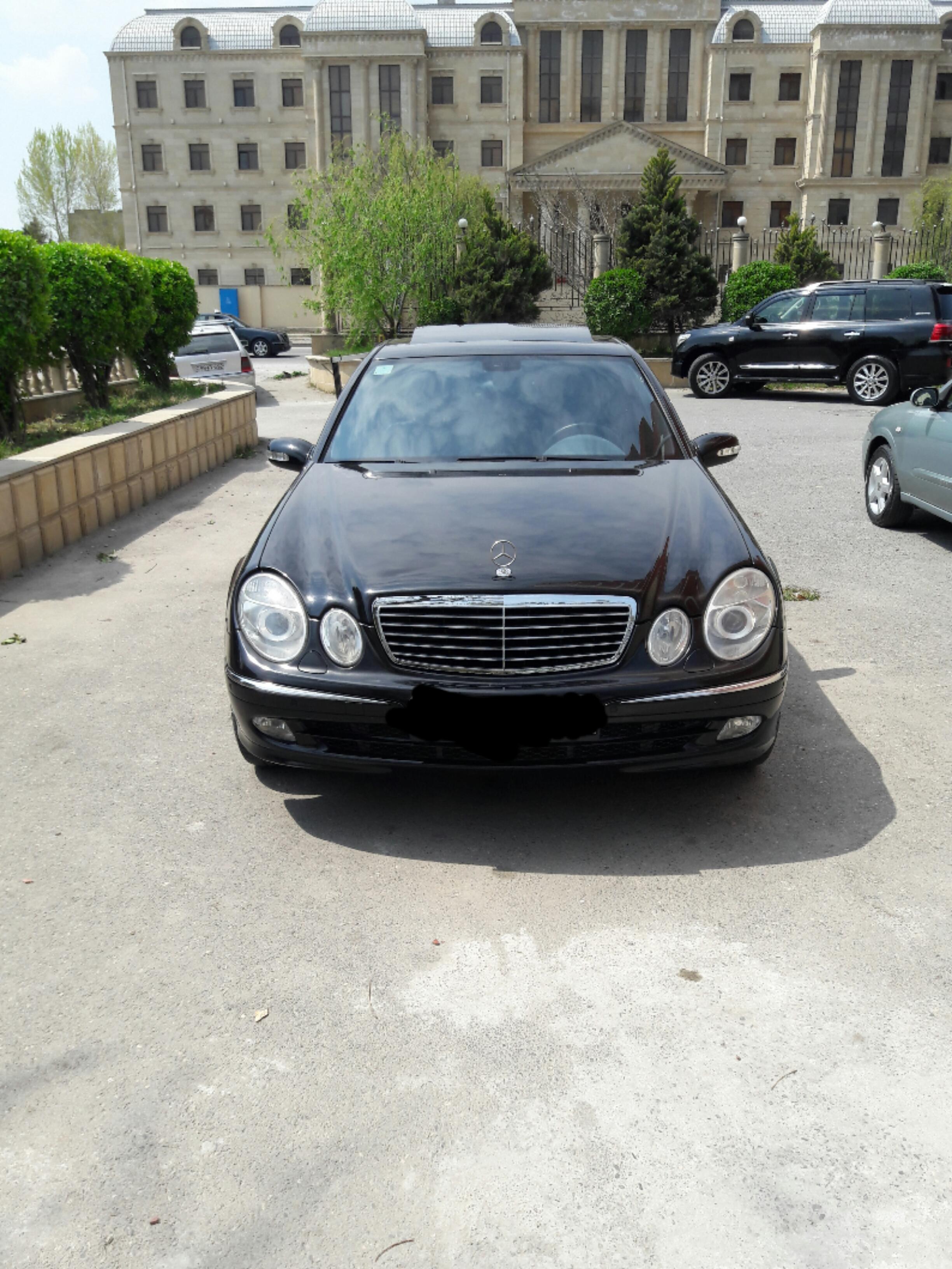 Mercedes-Benz E 320 3.2(lt) 2003 İkinci əl  $11000