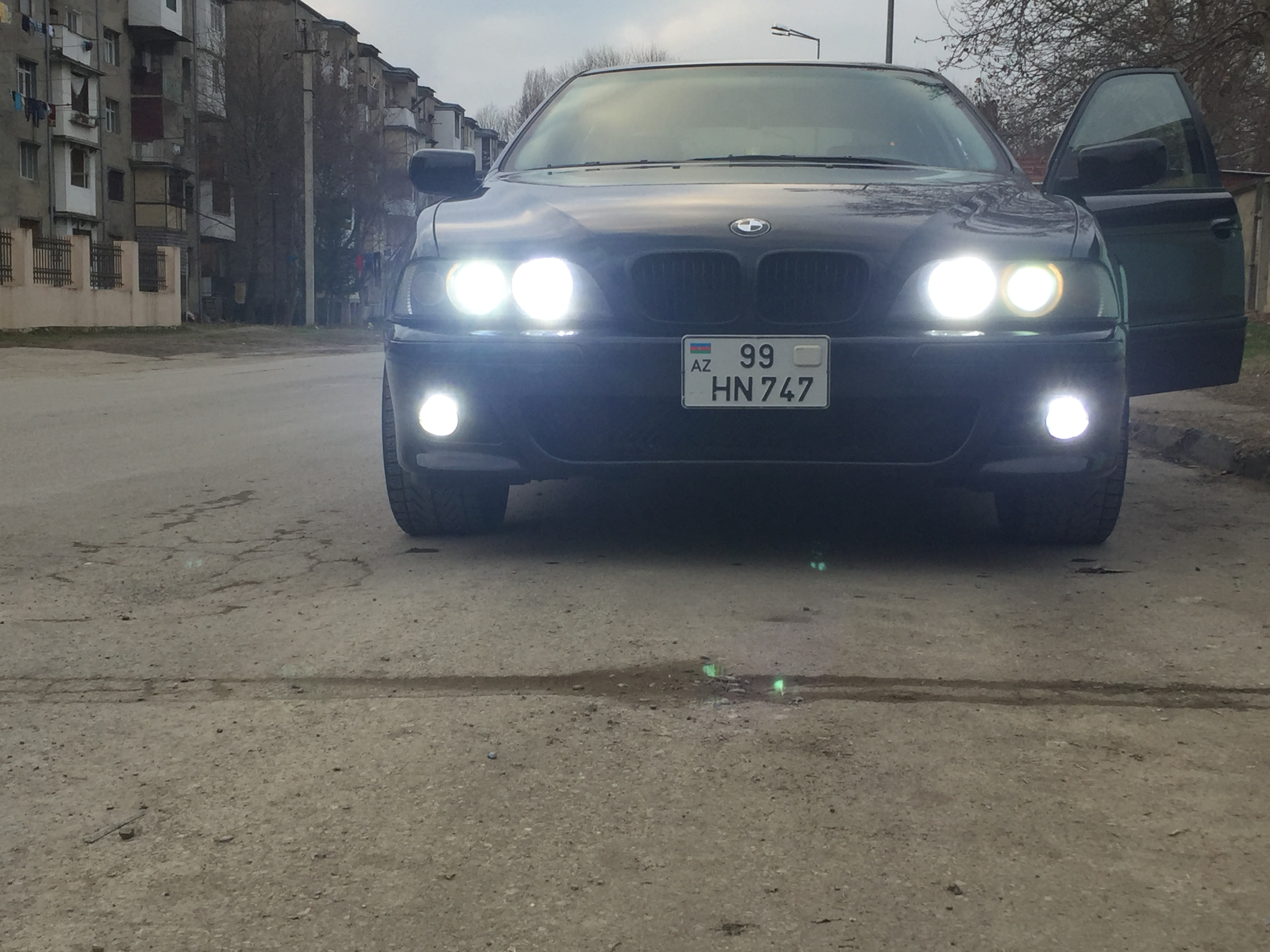 BMW 525 2.5(lt) 2002 Подержанный  $8300