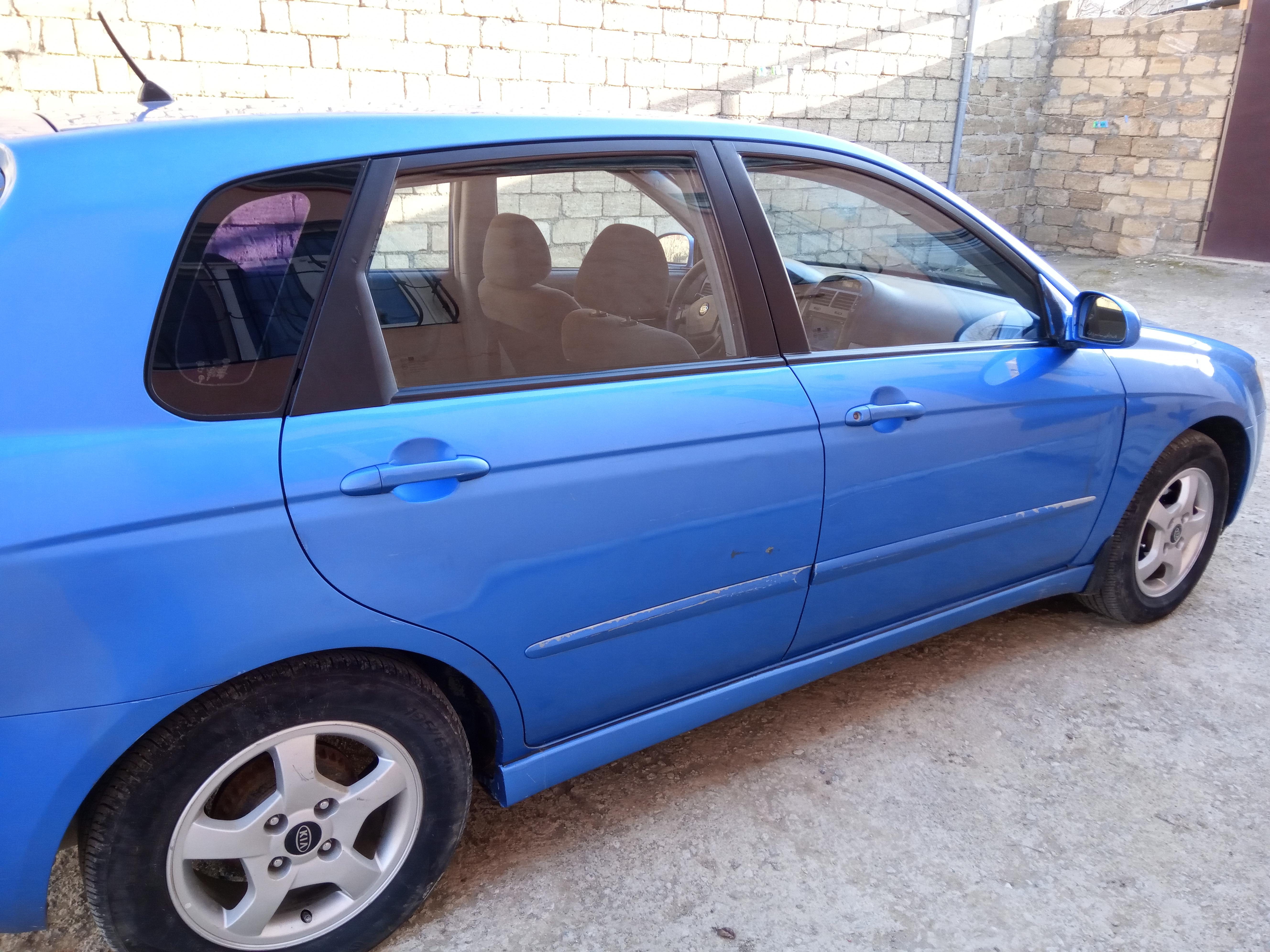 Kia Cerato 1.6(lt) 2005 Подержанный  $8500