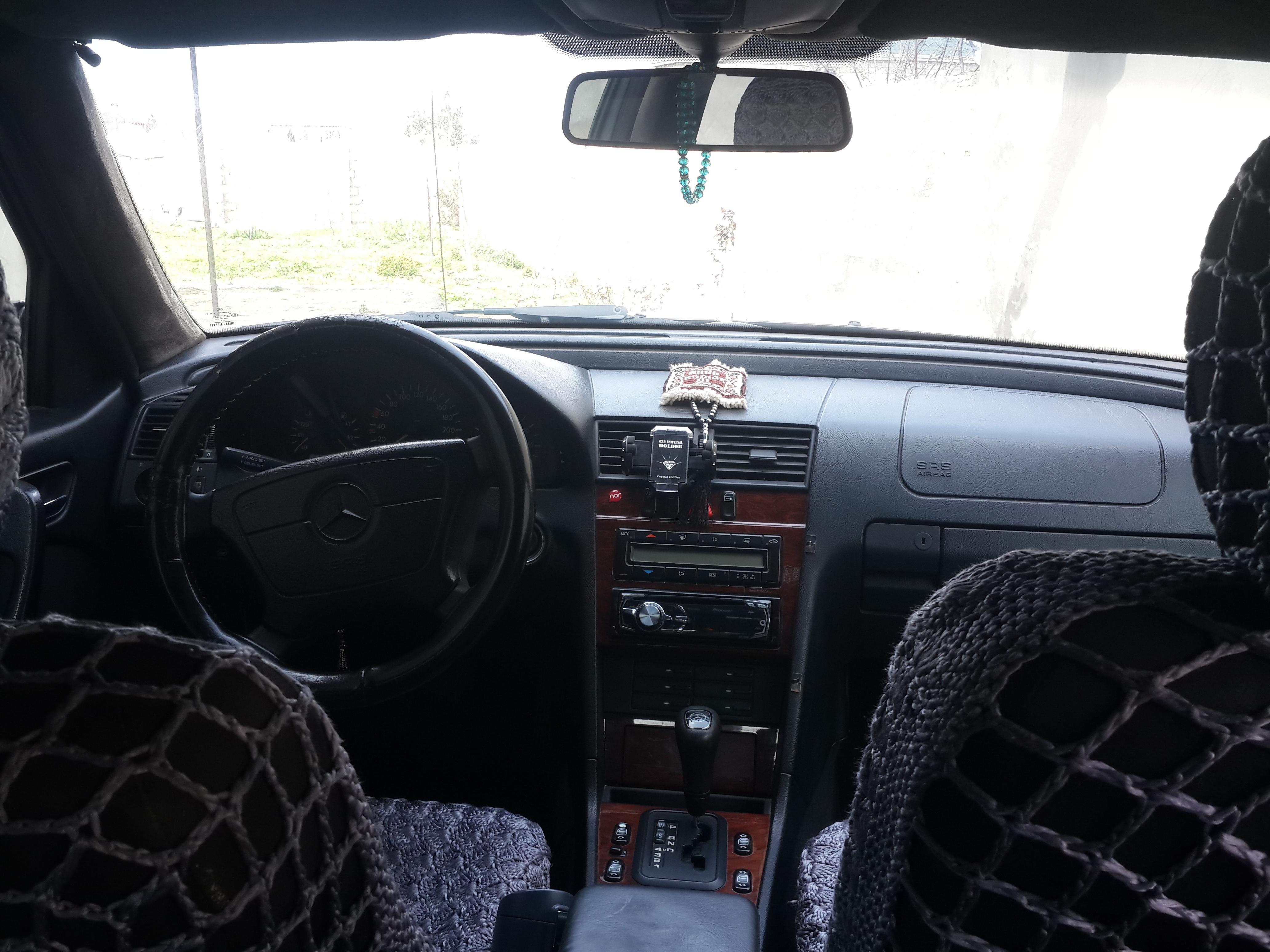 Mercedes-Benz C 220 2.2(lt) 1995 Подержанный  $9000