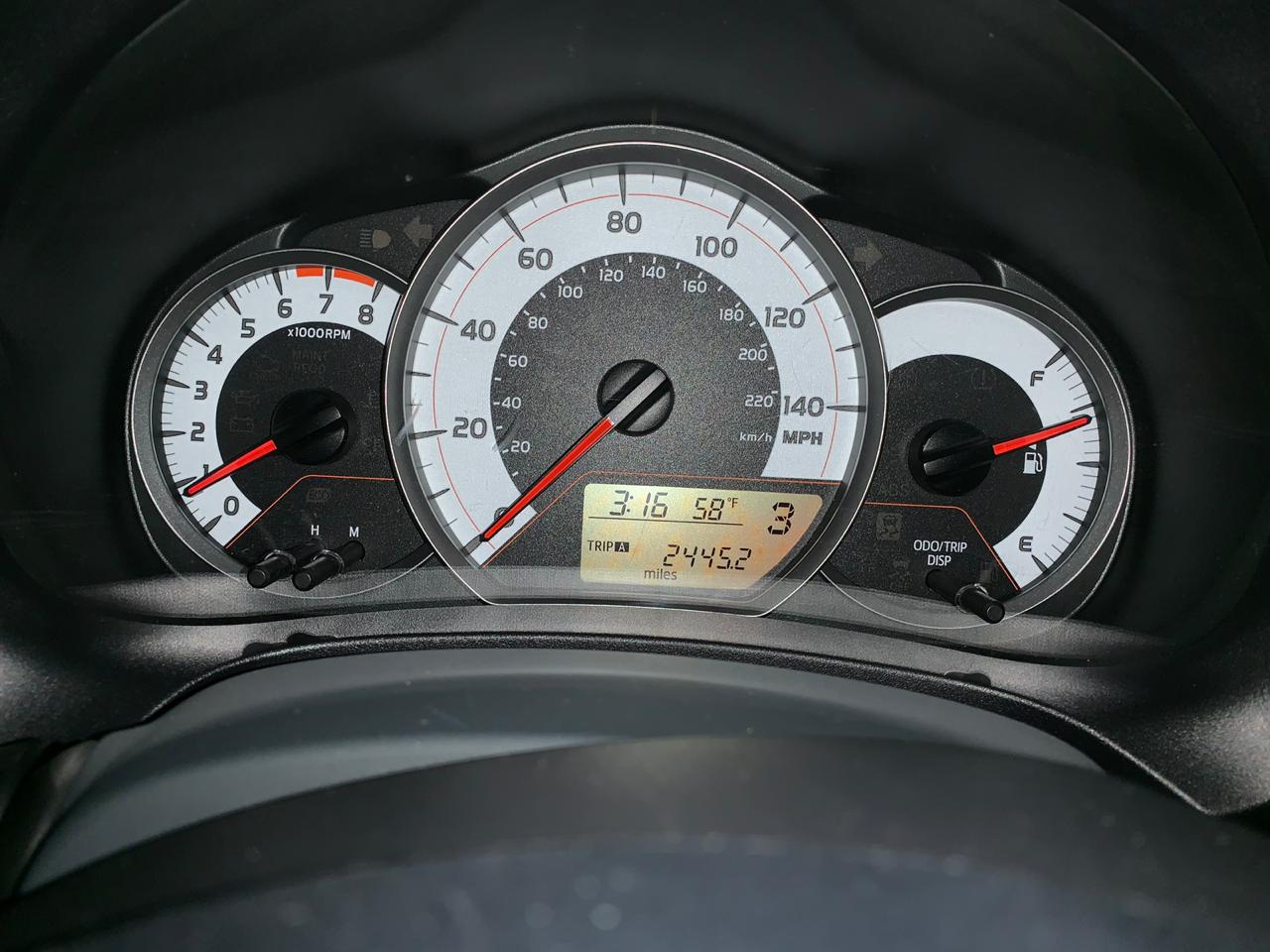 Toyota Yaris 1.5(lt) 2012 İkinci əl  $11000