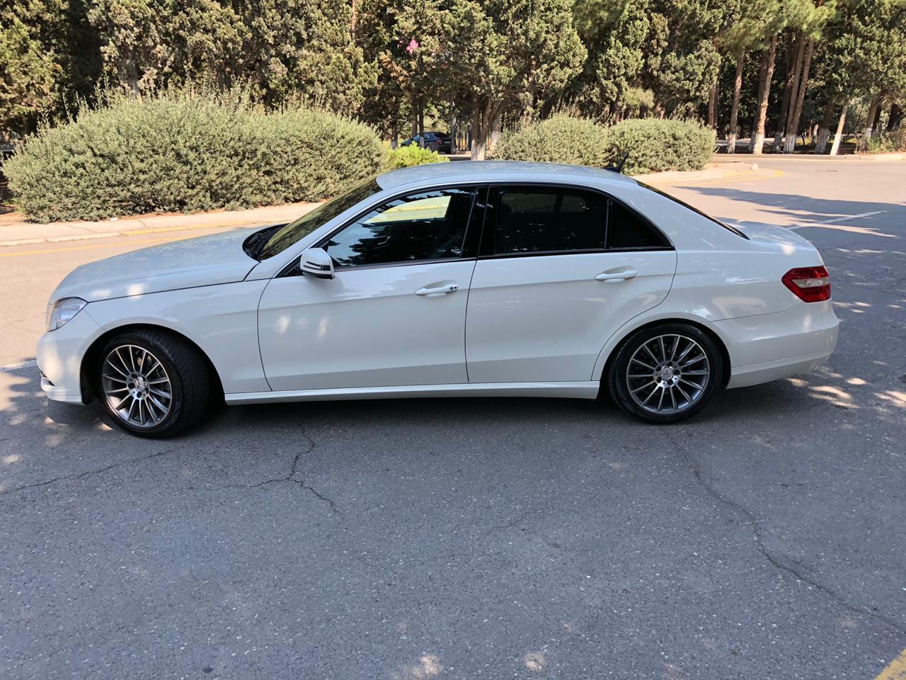 Mercedes-Benz E 220 2.2(lt) 2009 İkinci əl  $18000