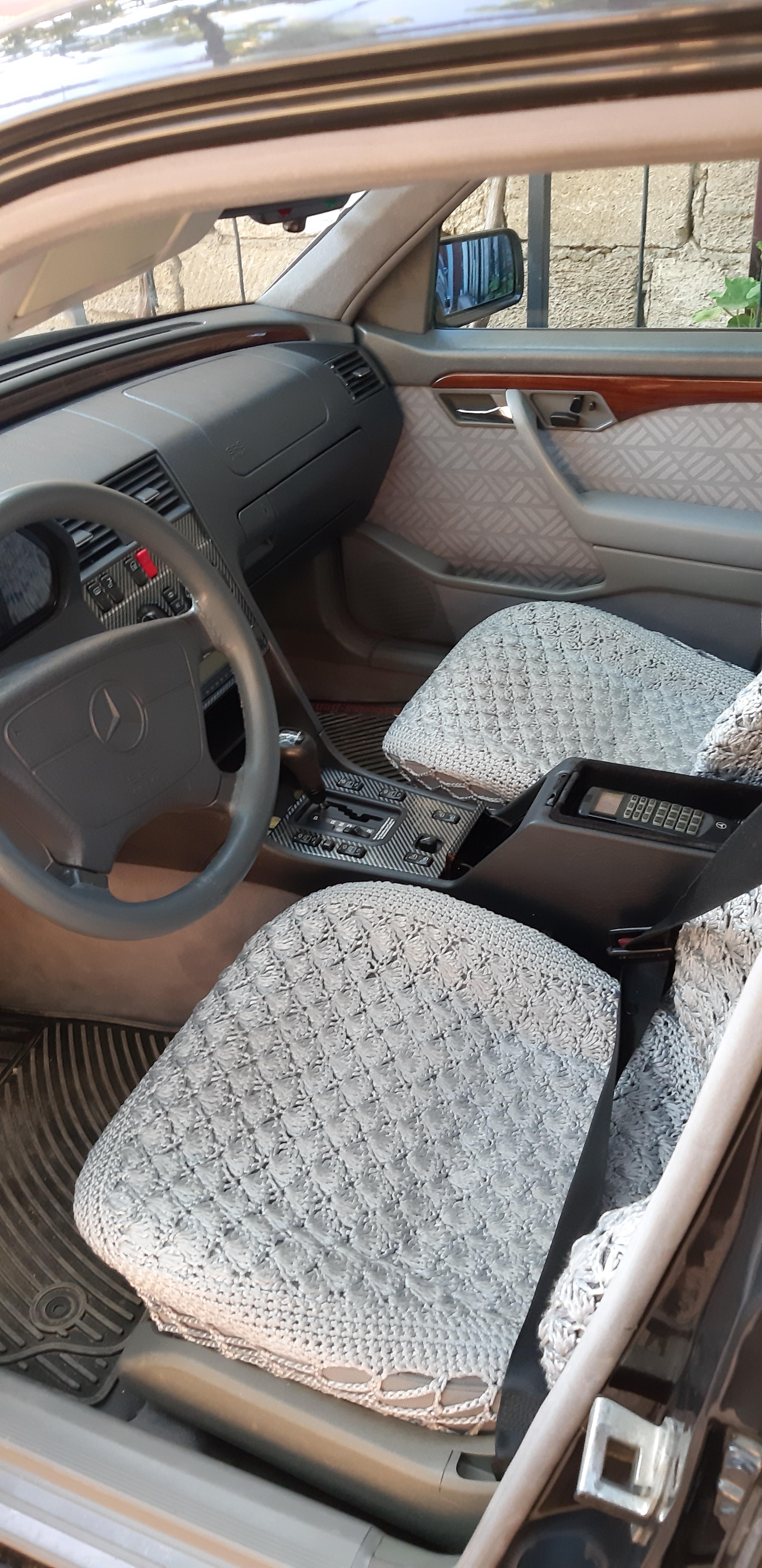 Mercedes-Benz C 220 2.2(lt) 1995 İkinci əl  $9300