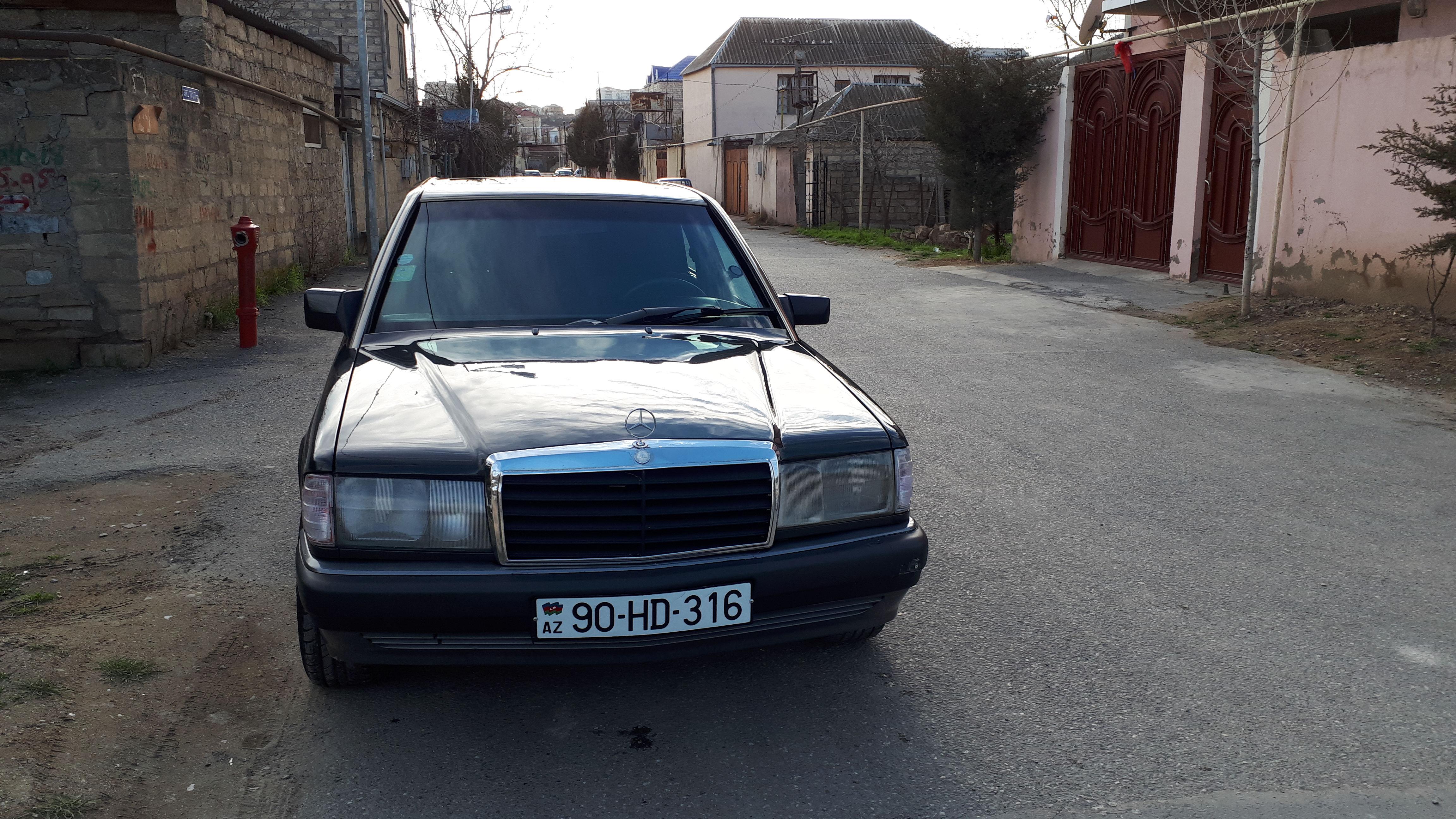Mercedes-Benz 190 2.0(lt) 1991 Подержанный  $1800