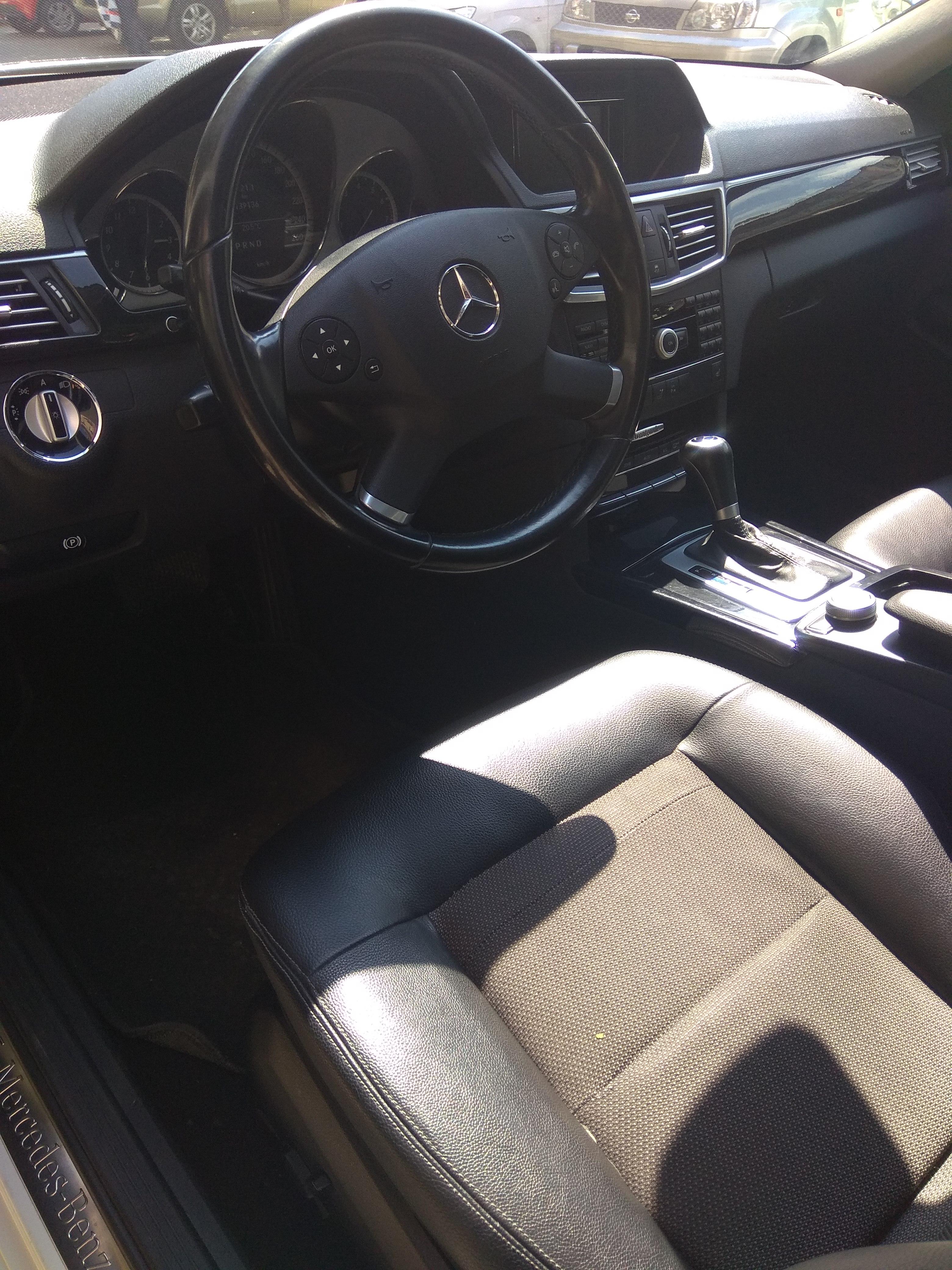 Mercedes-Benz E 250 1.8(lt) 2010 Second hand  $21000