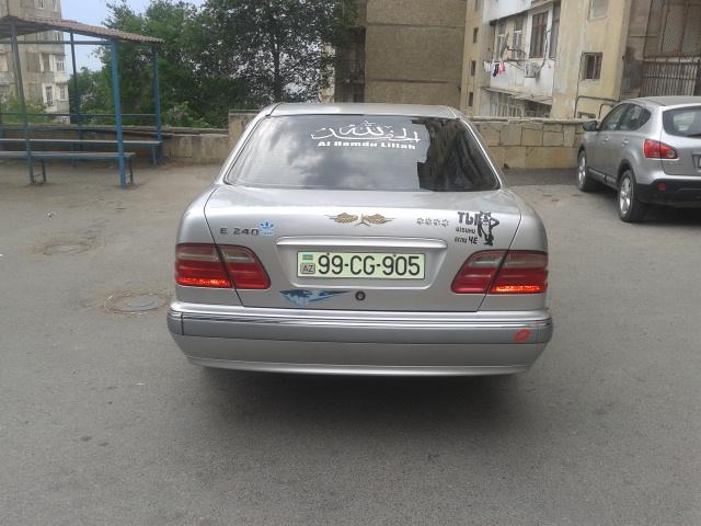 Mercedes-Benz E 260 2.6(lt) 2000 İkinci əl  $14000
