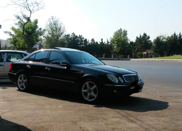 Mercedes-Benz E 320 3.2(lt) 2003 İkinci əl  $10250