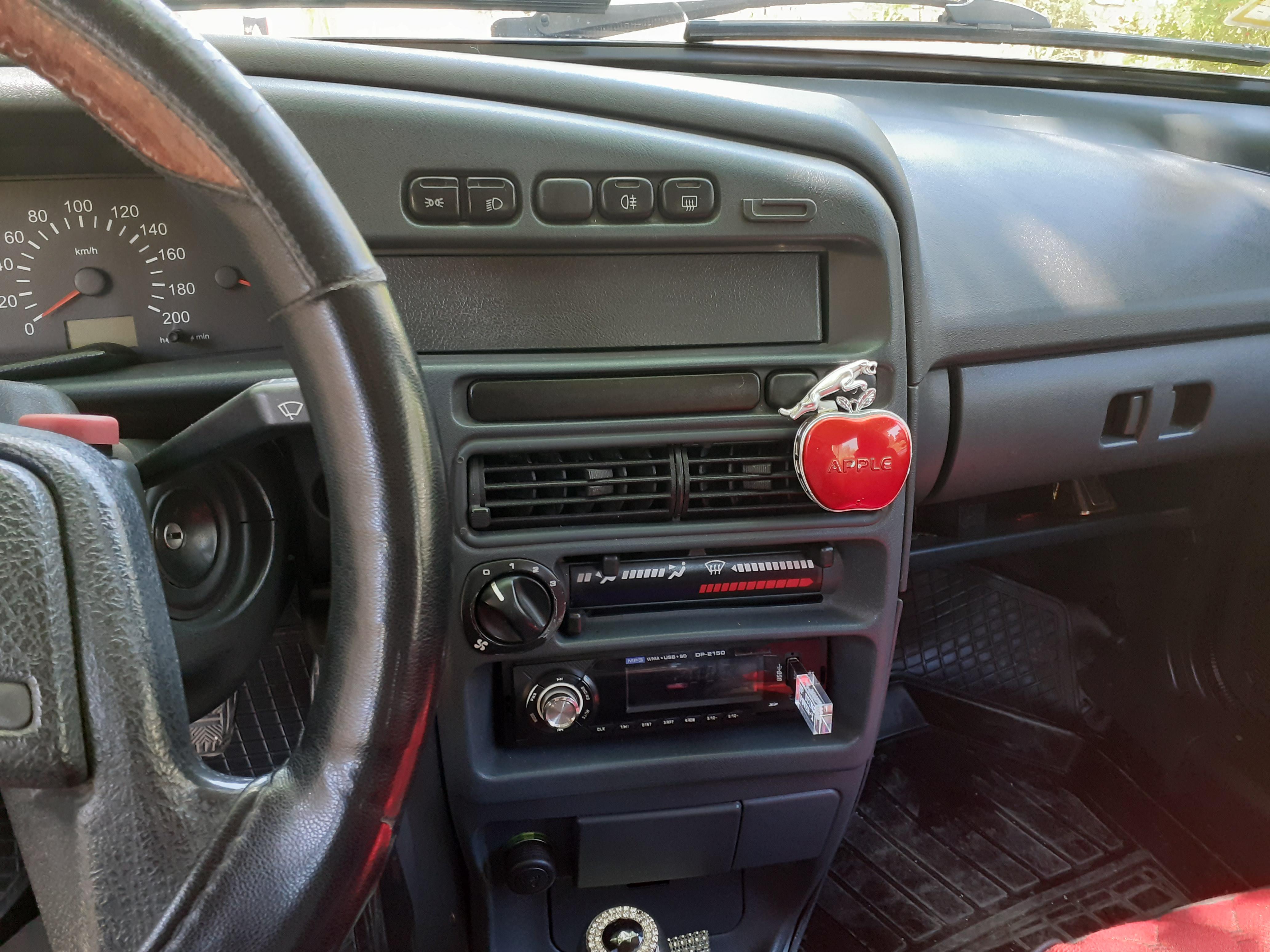 VAZ 2115 1.6(lt) 2012 Yeni avtomobil  $8500