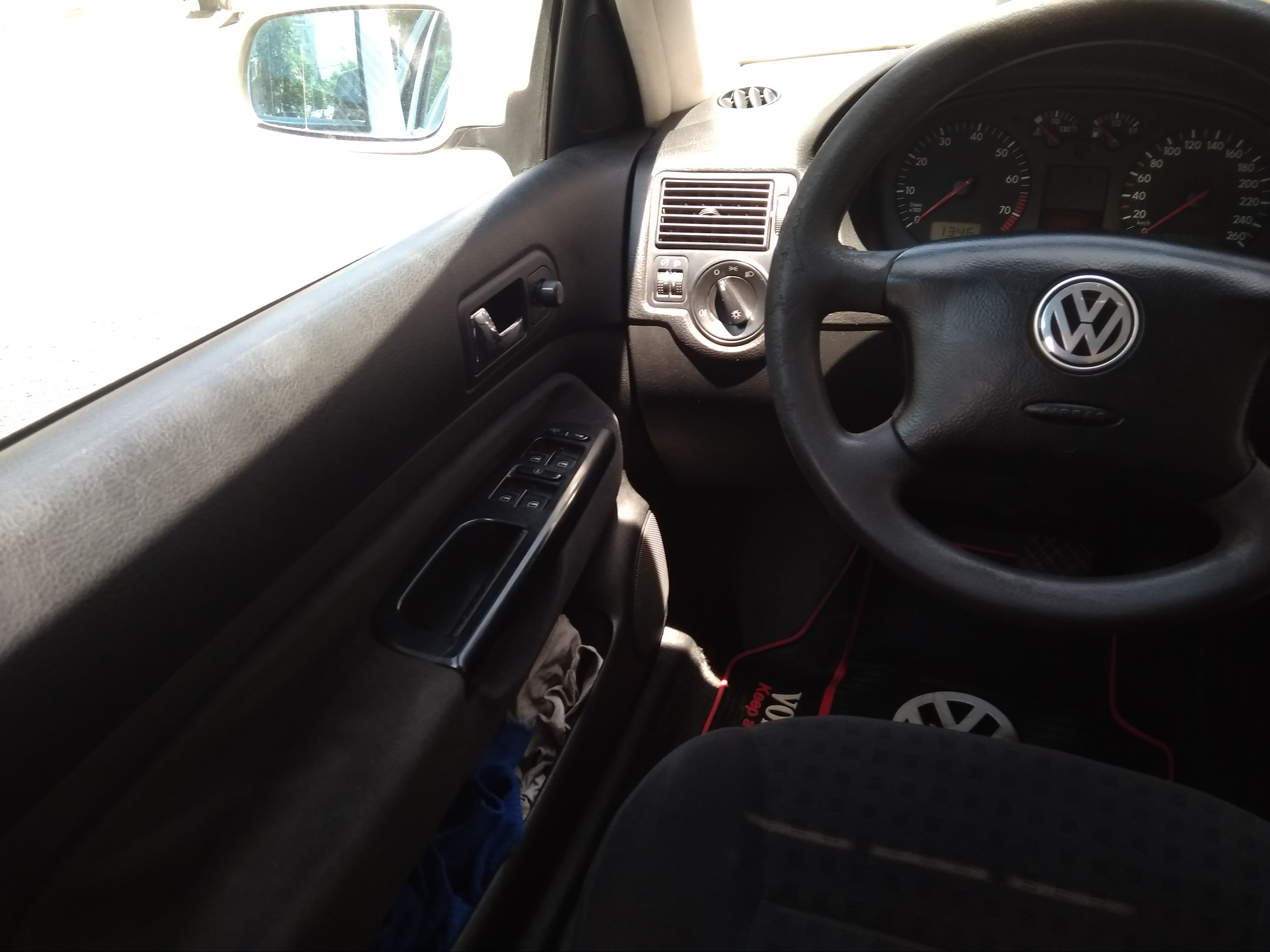 Volkswagen Golf 1.6(lt) 2001 İkinci əl  $7300