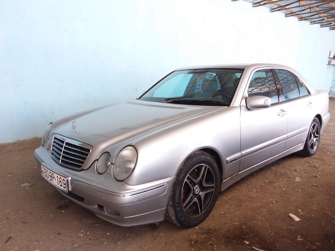 Mercedes-Benz E 240 2.4(lt) 1999 Подержанный  $8800