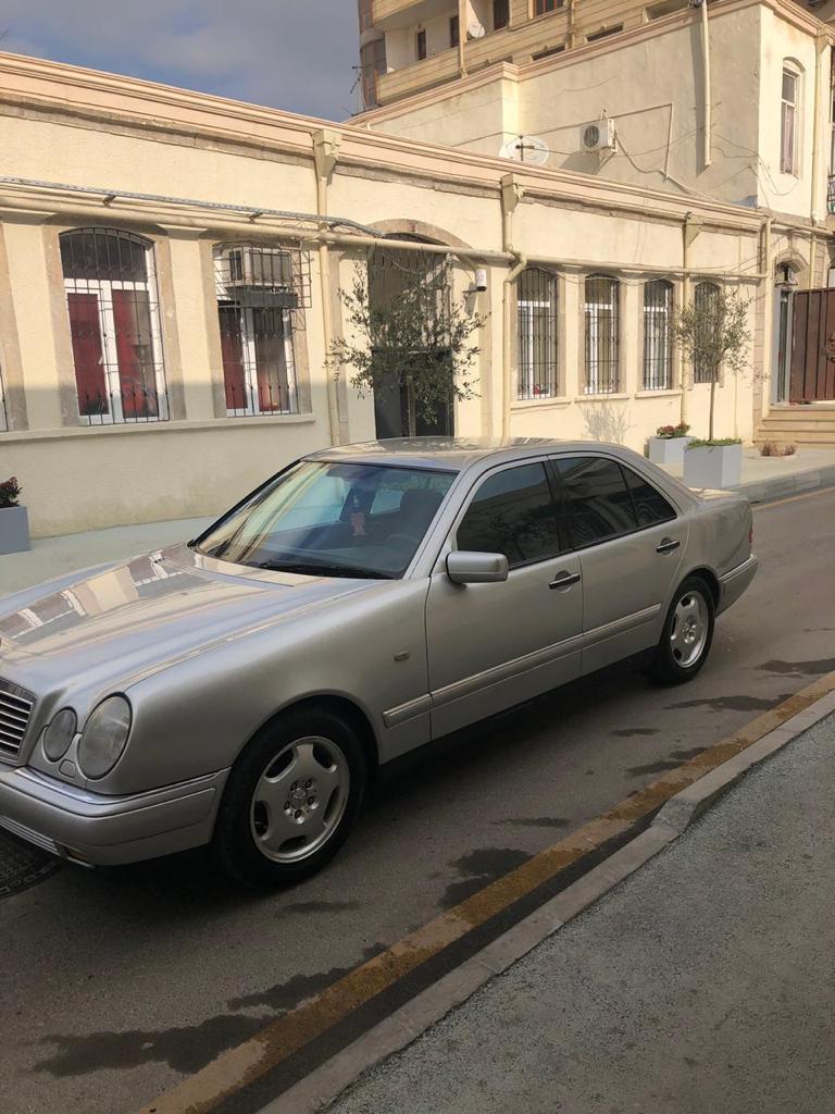 Mercedes-Benz E 200 2.0(lt) 1998 Second hand  $7300