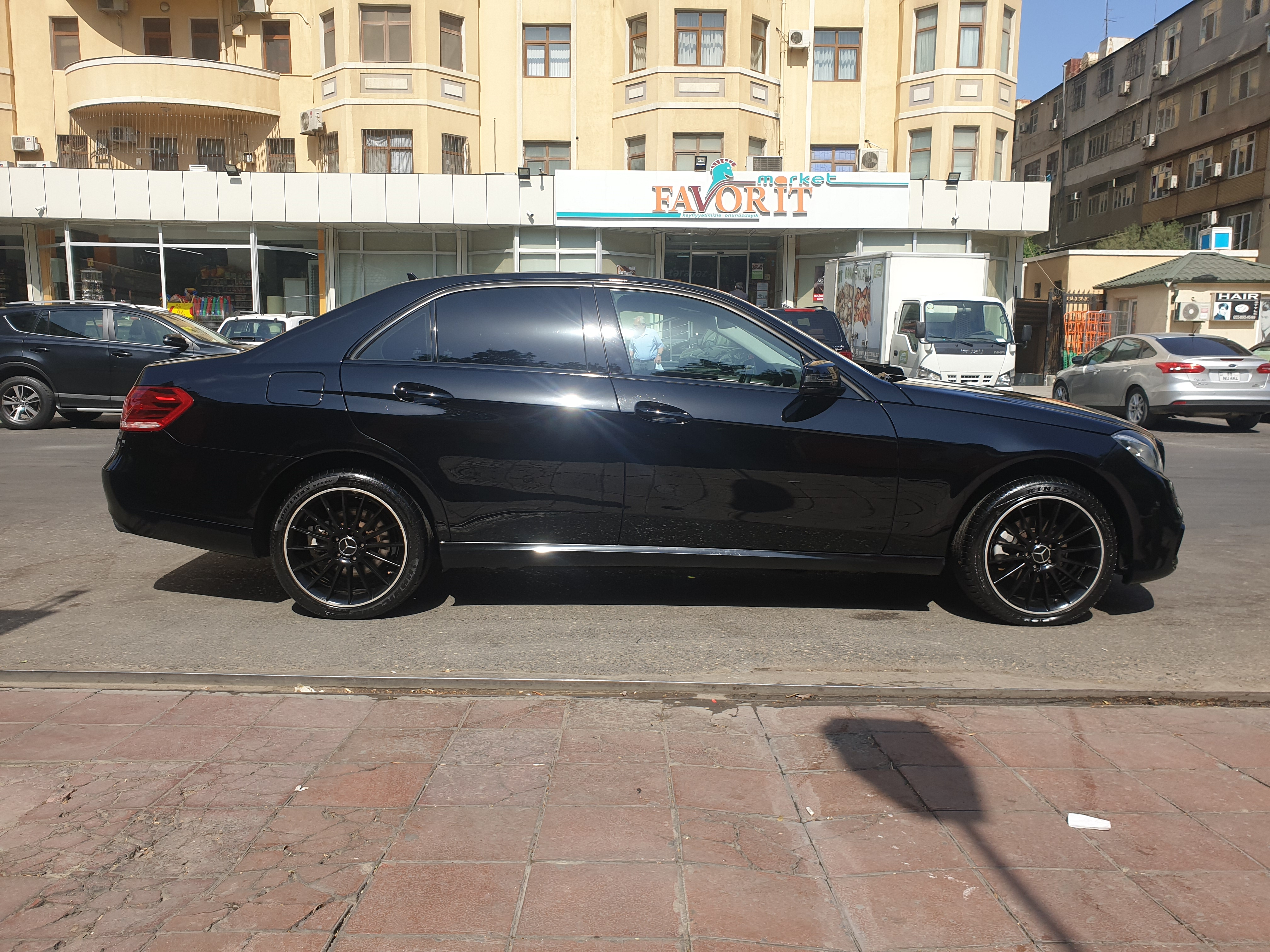 Mercedes-Benz E 200 2.0(lt) 2013 Подержанный  $27000