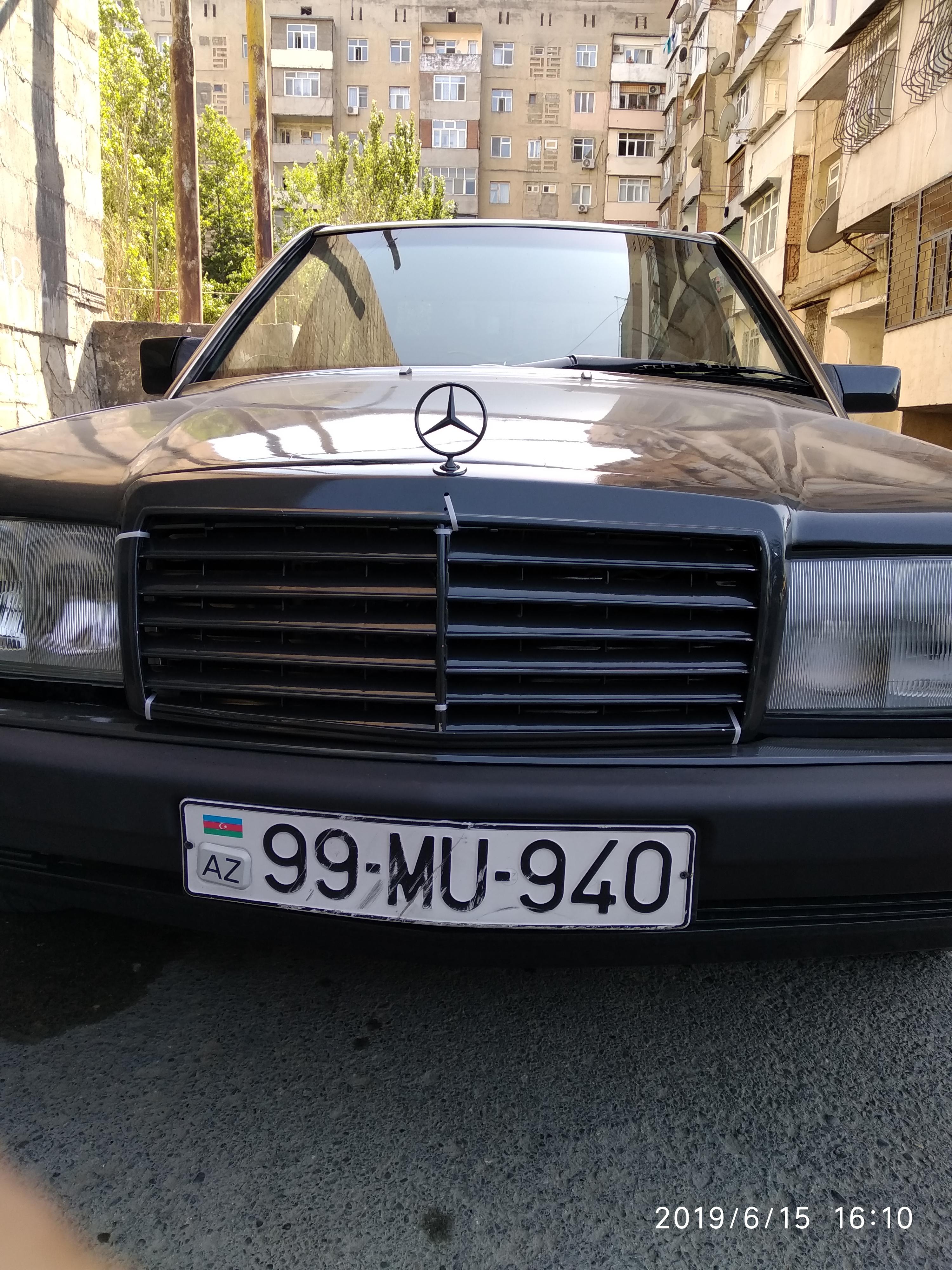 Mercedes-Benz 190 2.0(lt) 1990 Подержанный  $3300