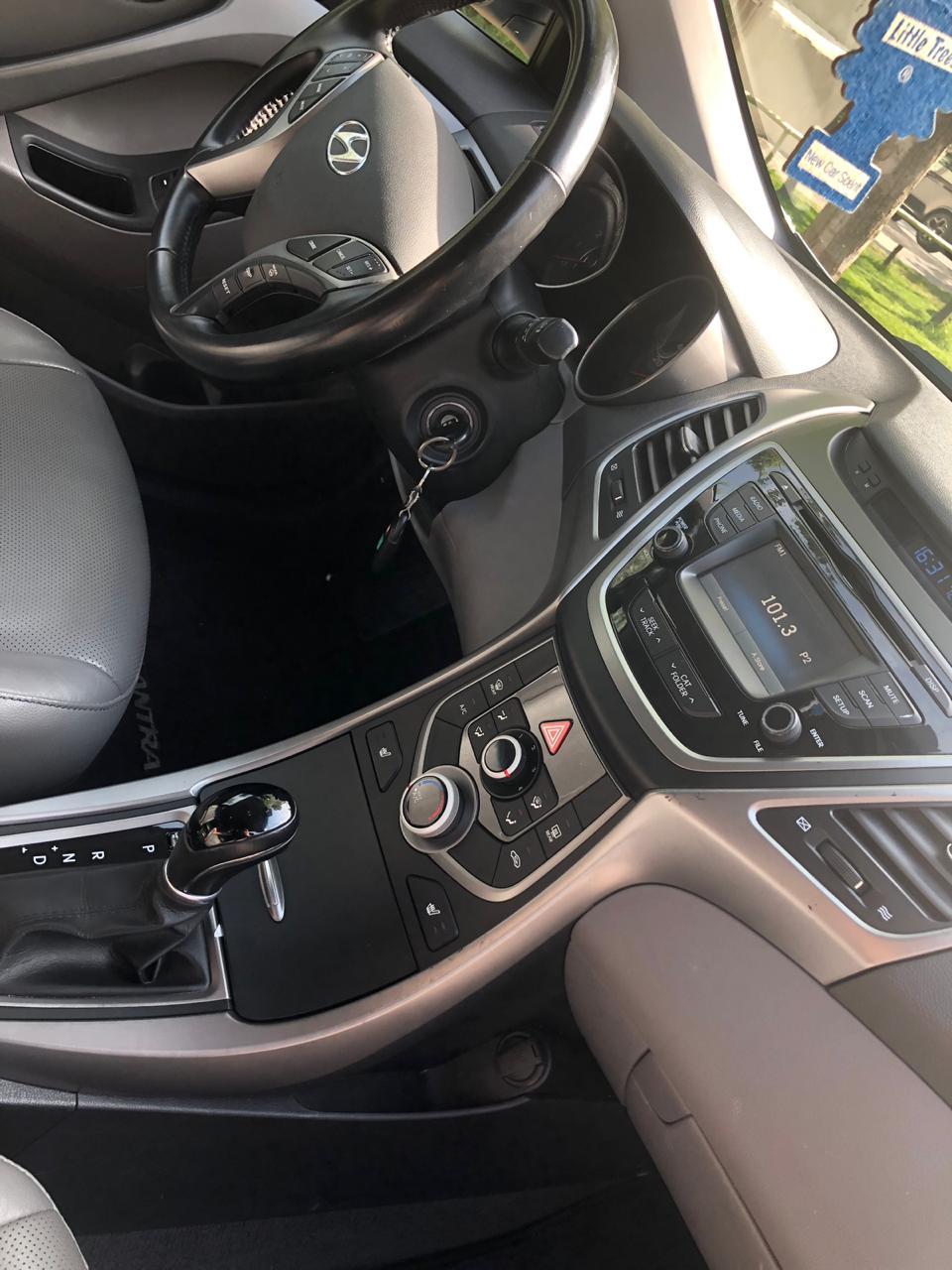 Hyundai Elantra 1.8(lt) 2014 Подержанный  $11500