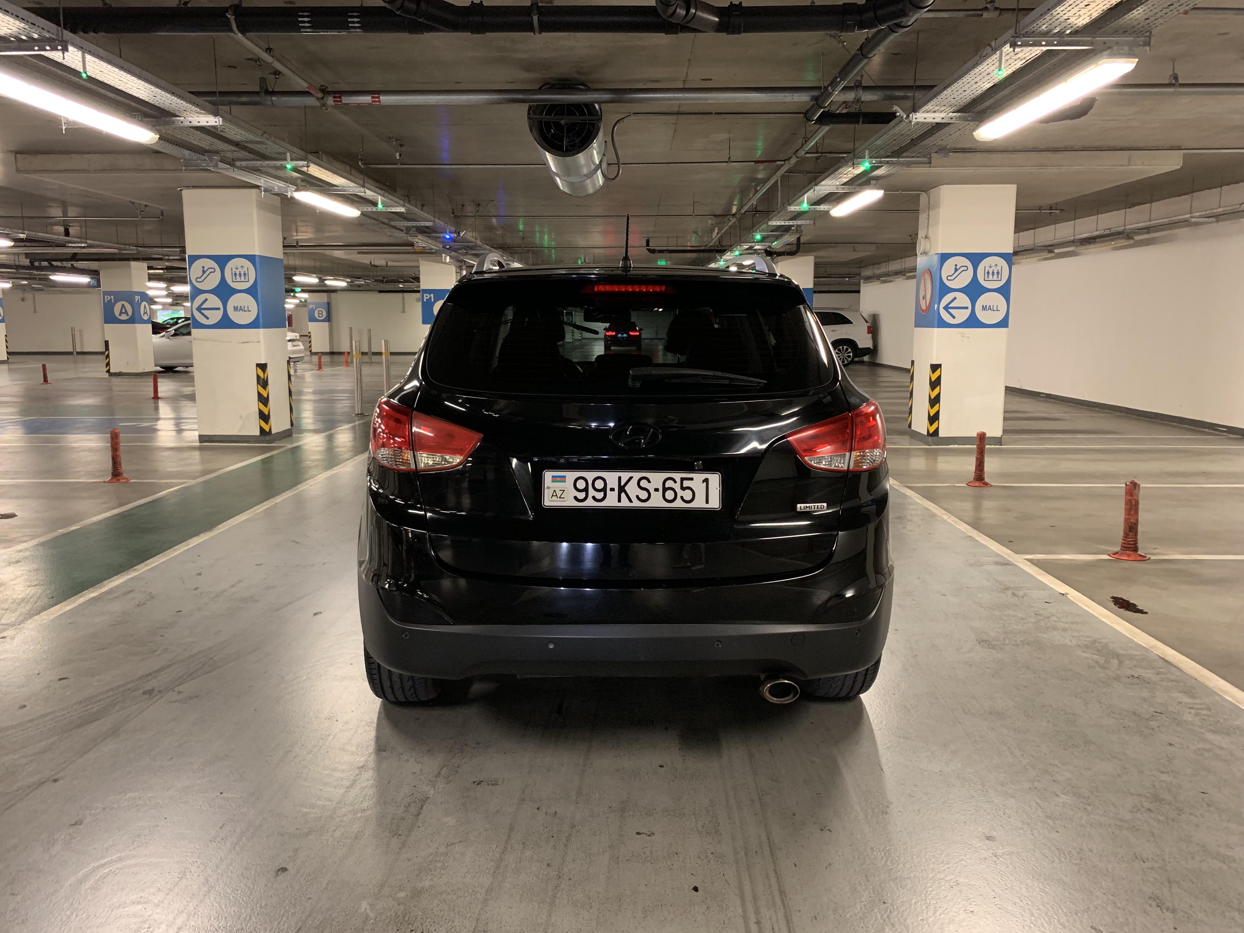 Hyundai ix 35 2.4(lt) 2010 Подержанный  $14000