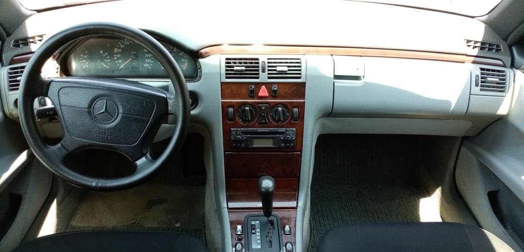 Mercedes-Benz E 230 2.3(lt) 1996 Second hand  $5500