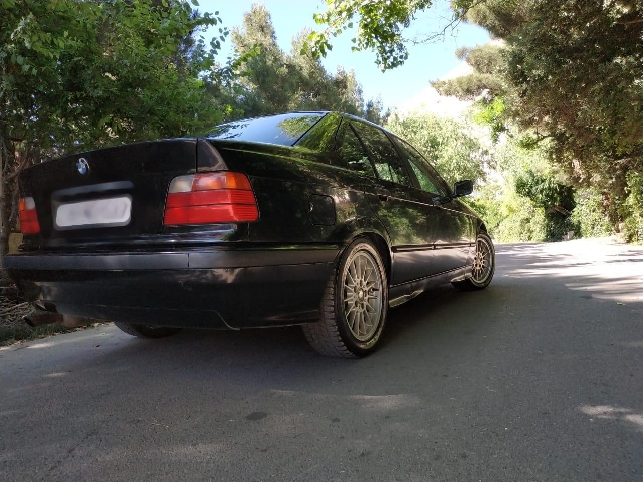 BMW 320 2.0(lt) 1993 Подержанный  $3700