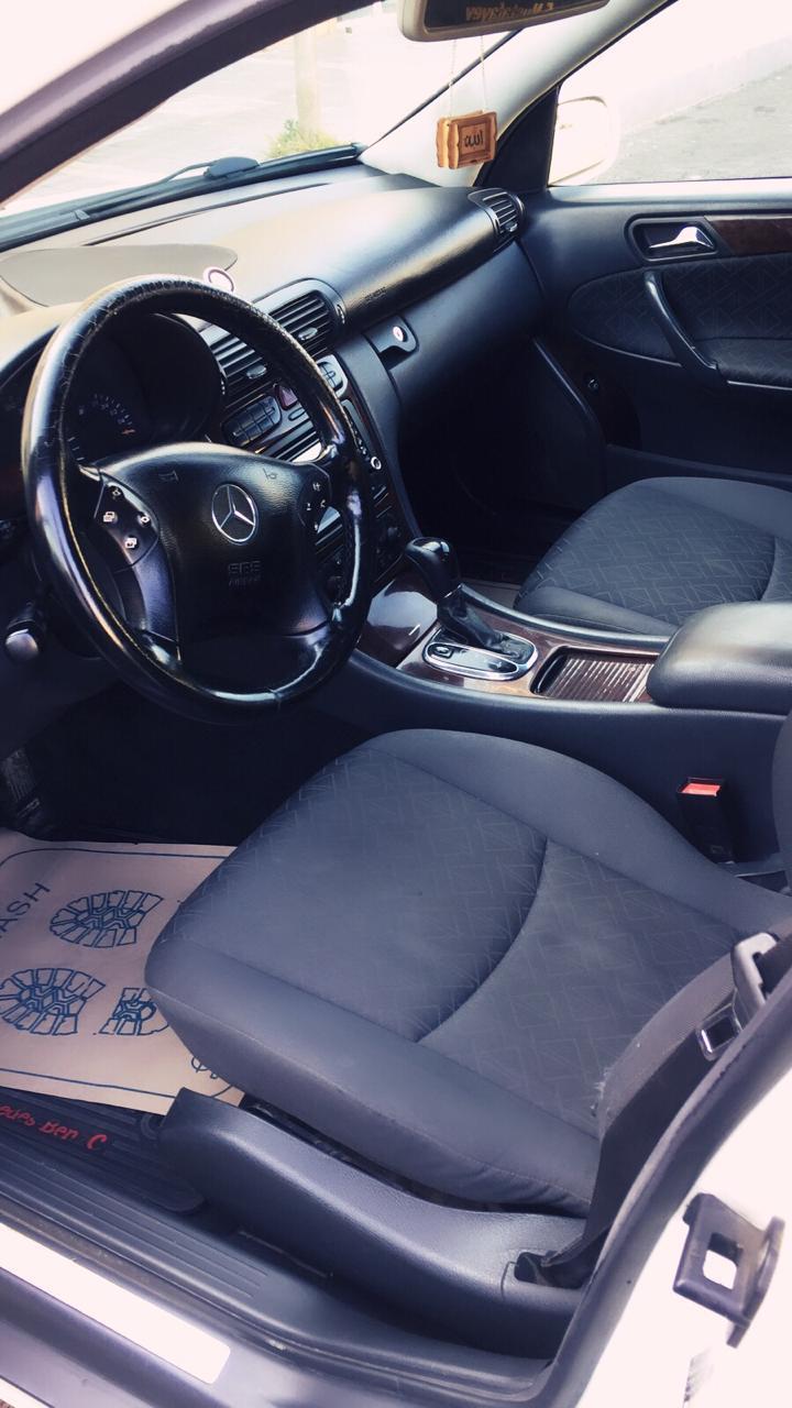 Mercedes-Benz C 200 2.0(lt) 2000 Second hand  $10700