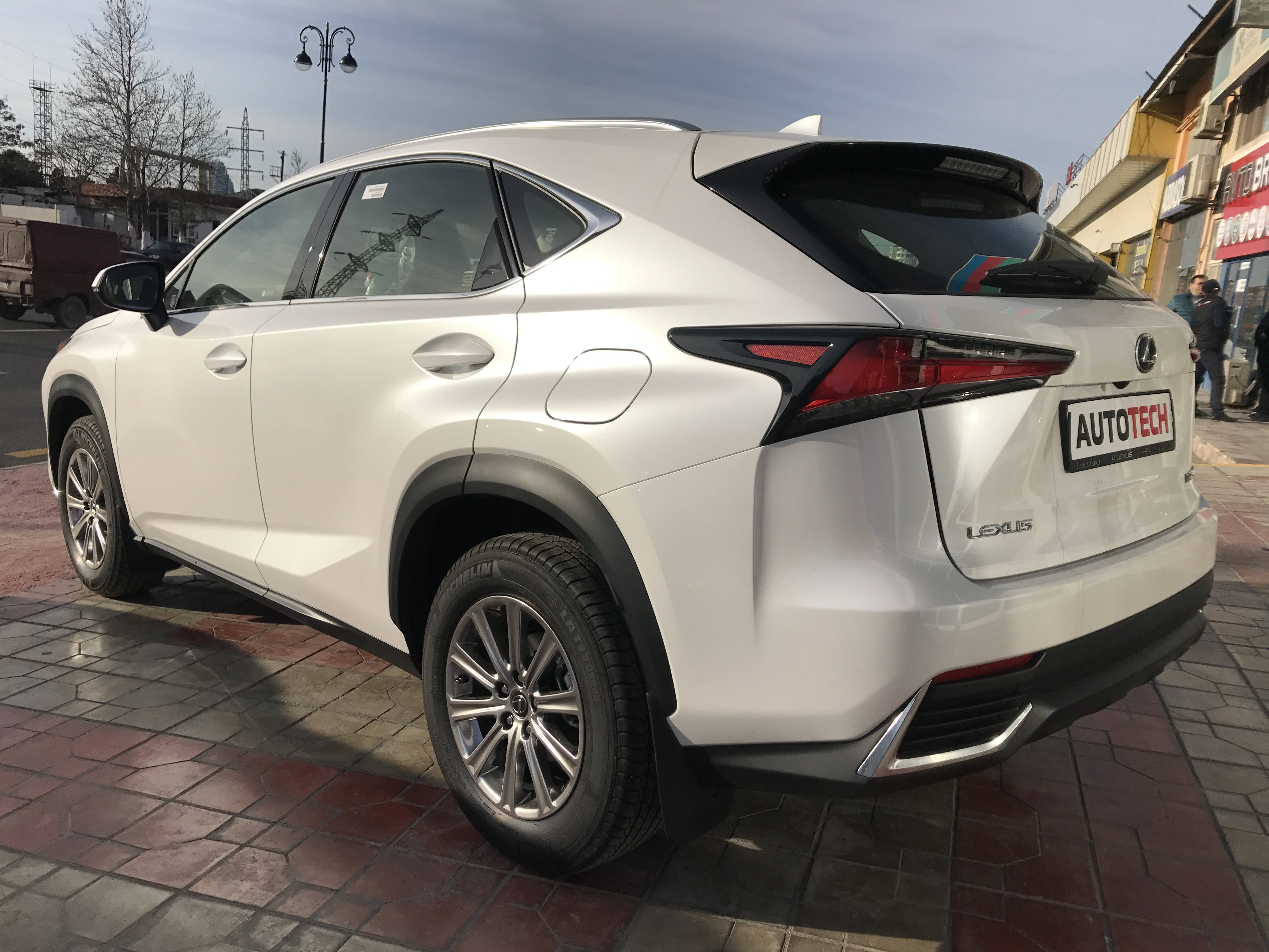 Lexus NX 200 2.0(lt) 2019 Yeni avtomobil  $41500