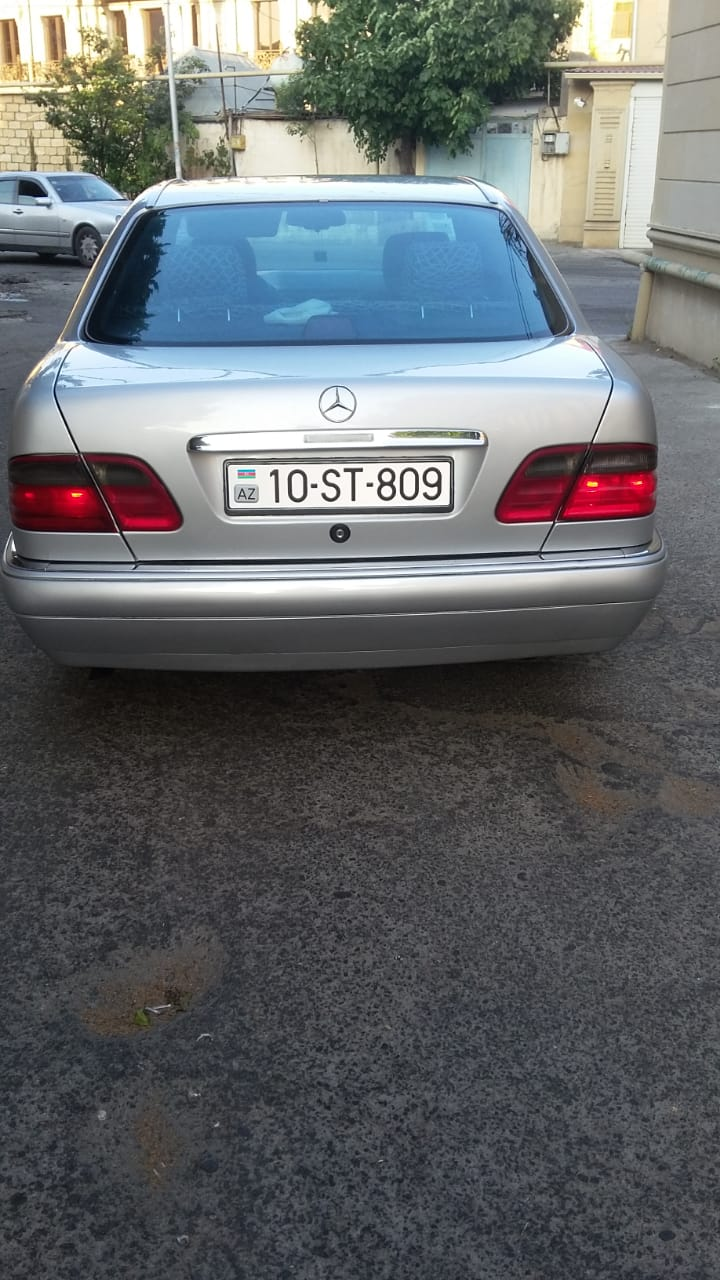 Mercedes-Benz E 230 2.3(lt) 1995 Second hand  $9500