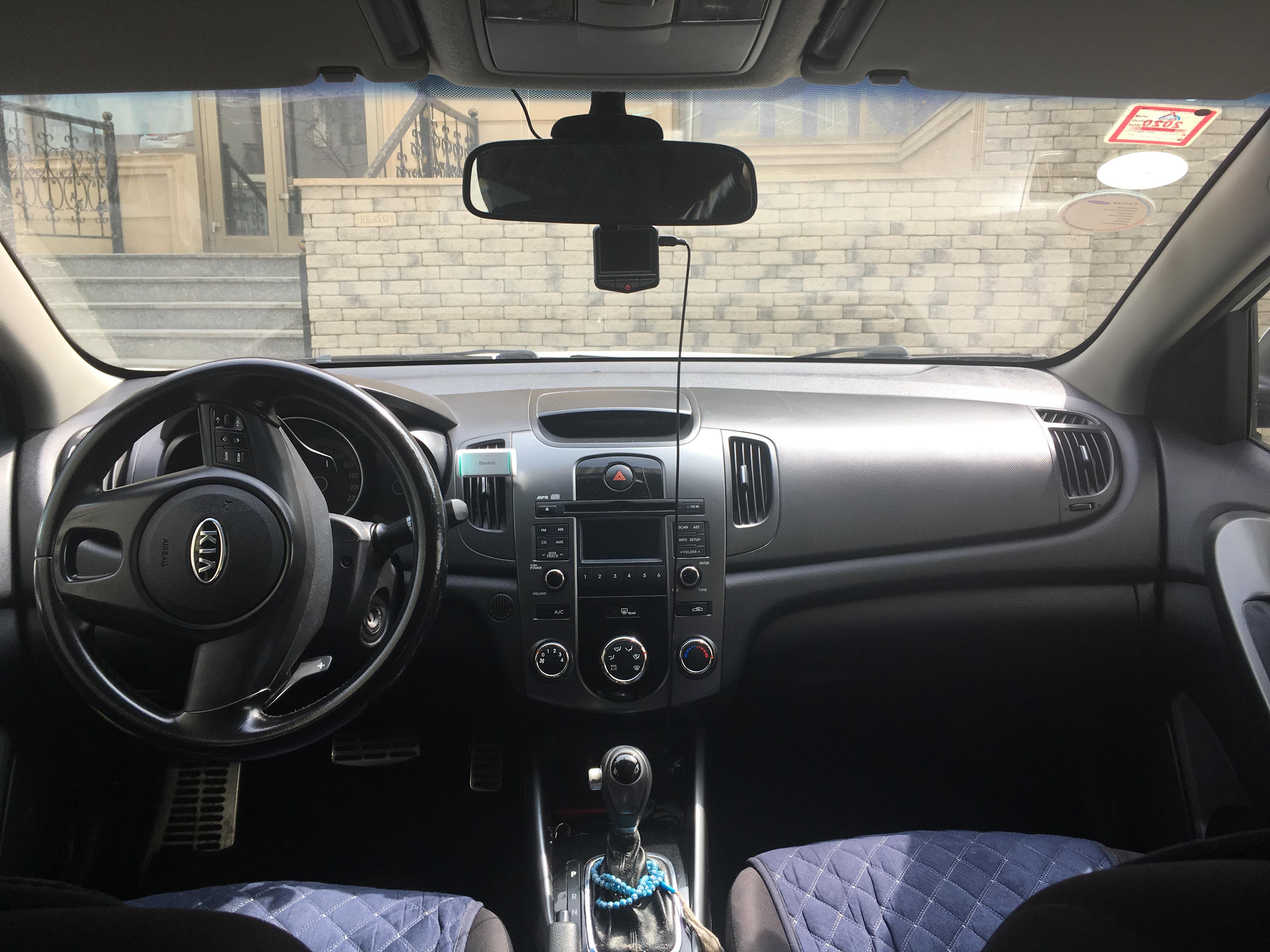 Kia Cerato 1.6(lt) 2011 Подержанный  $9900