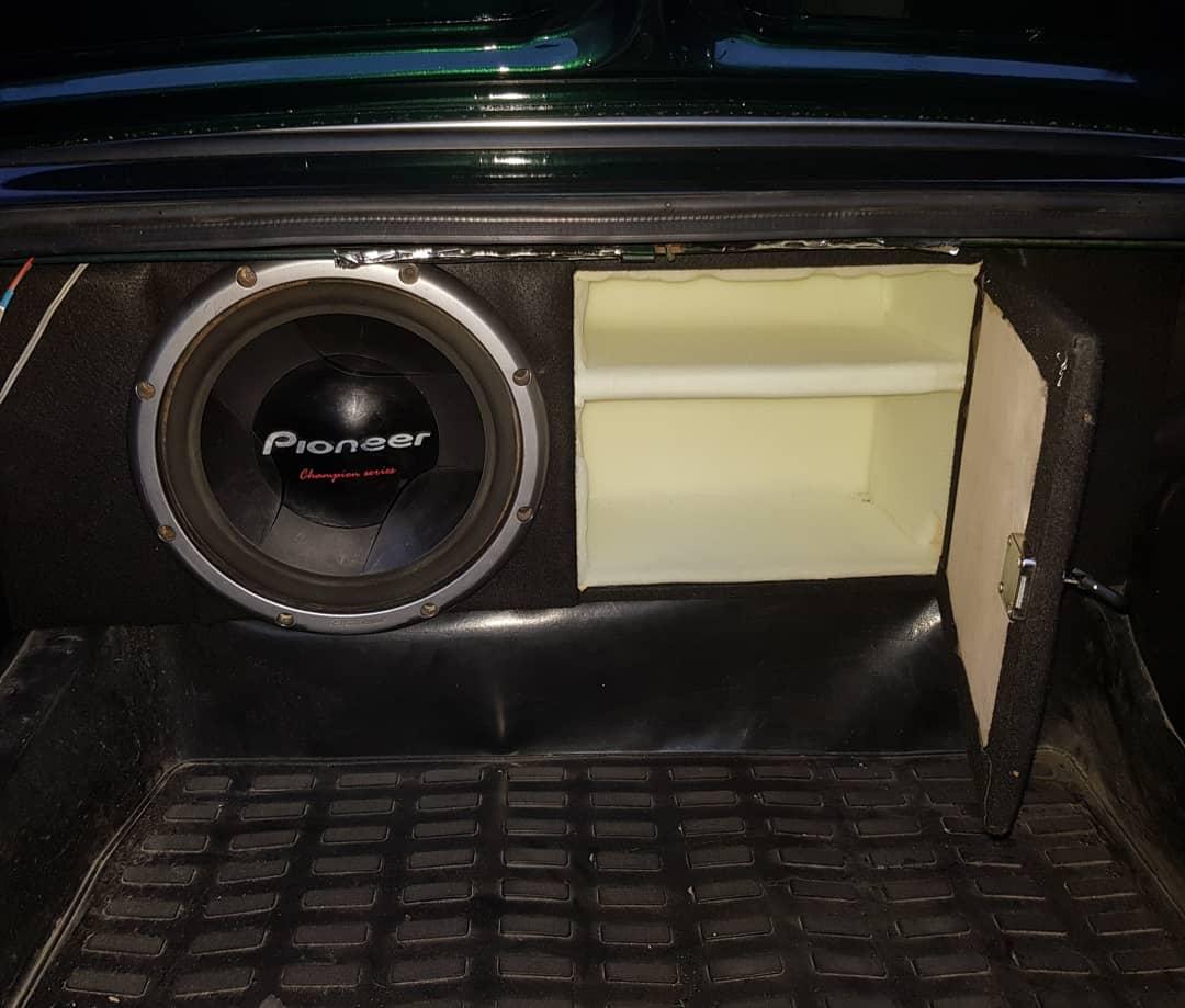 VAZ 2106 1.6(lt) 1984 Подержанный  $11000