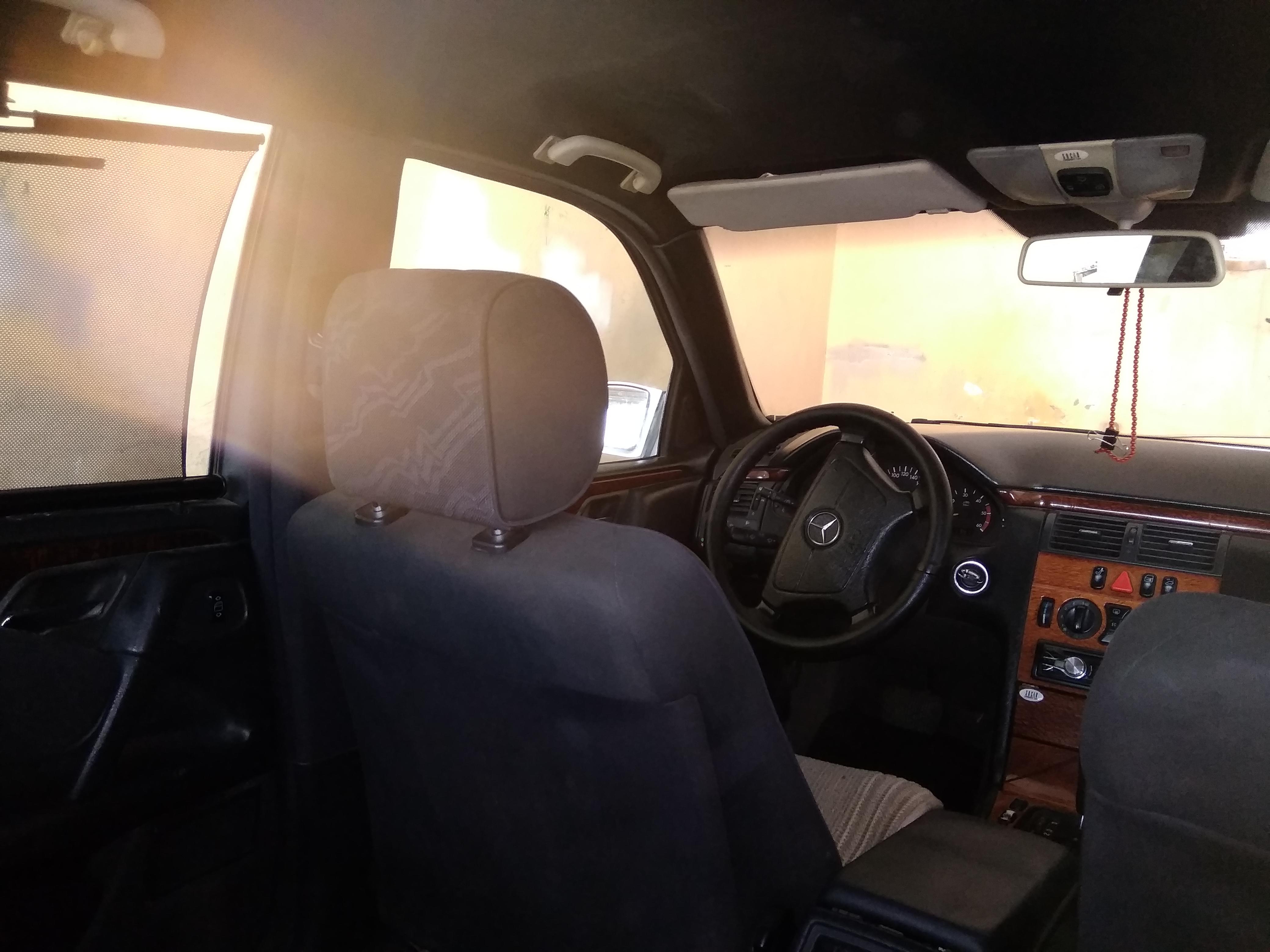Mercedes-Benz E 220 2.2(lt) 1998 Second hand  $6650