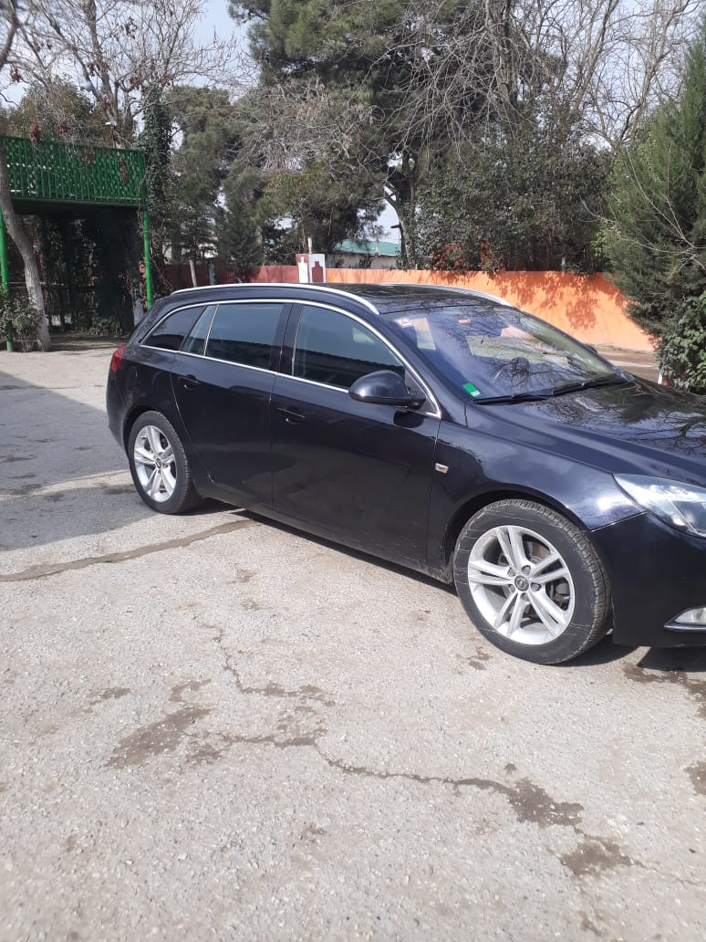 Opel Insignia 2.0(lt) 2009 Second hand  $10000